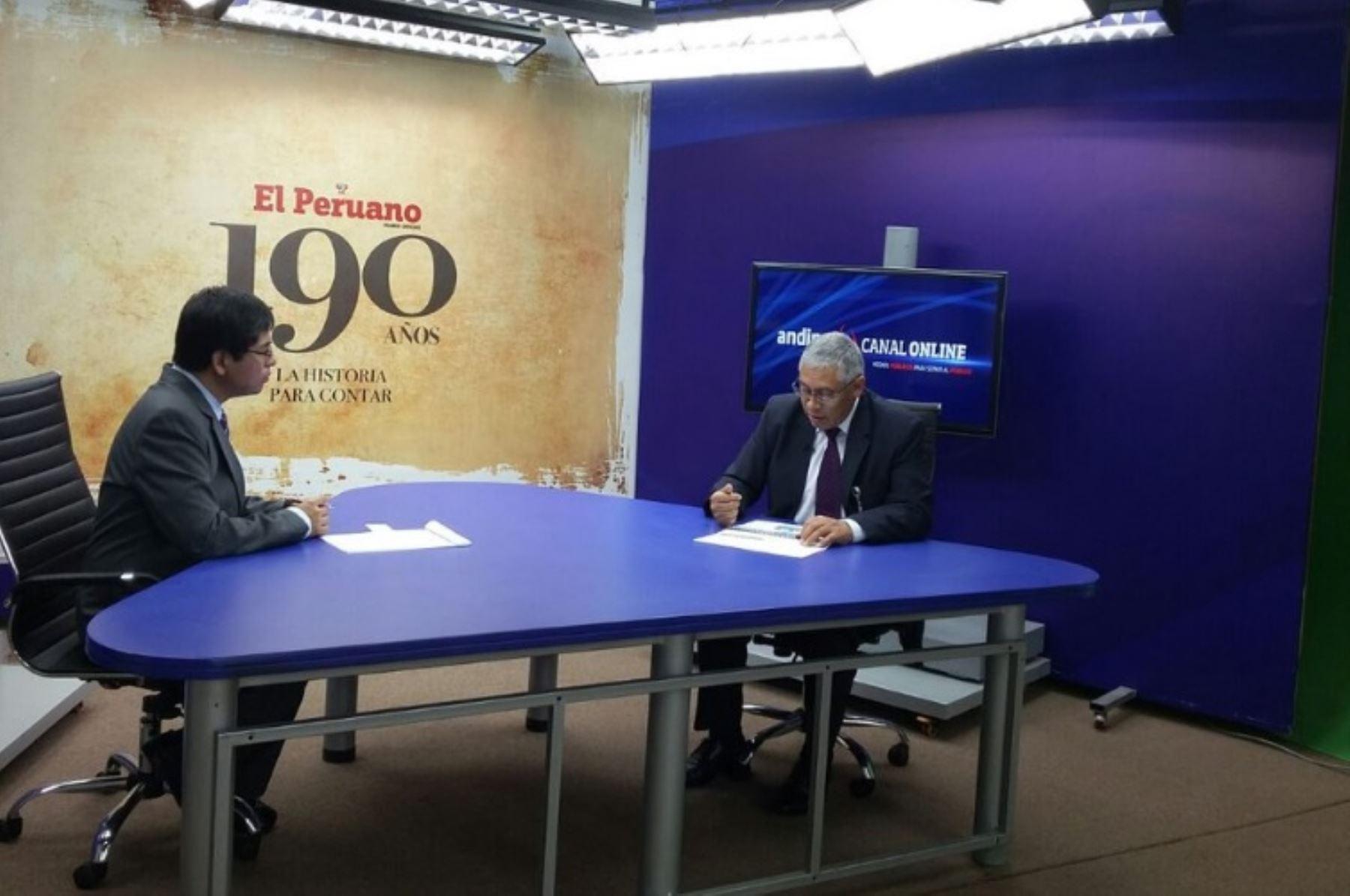 Gerente general de la ONPE, Gilbert Vallejos, se presenta en Andina Canal Online.