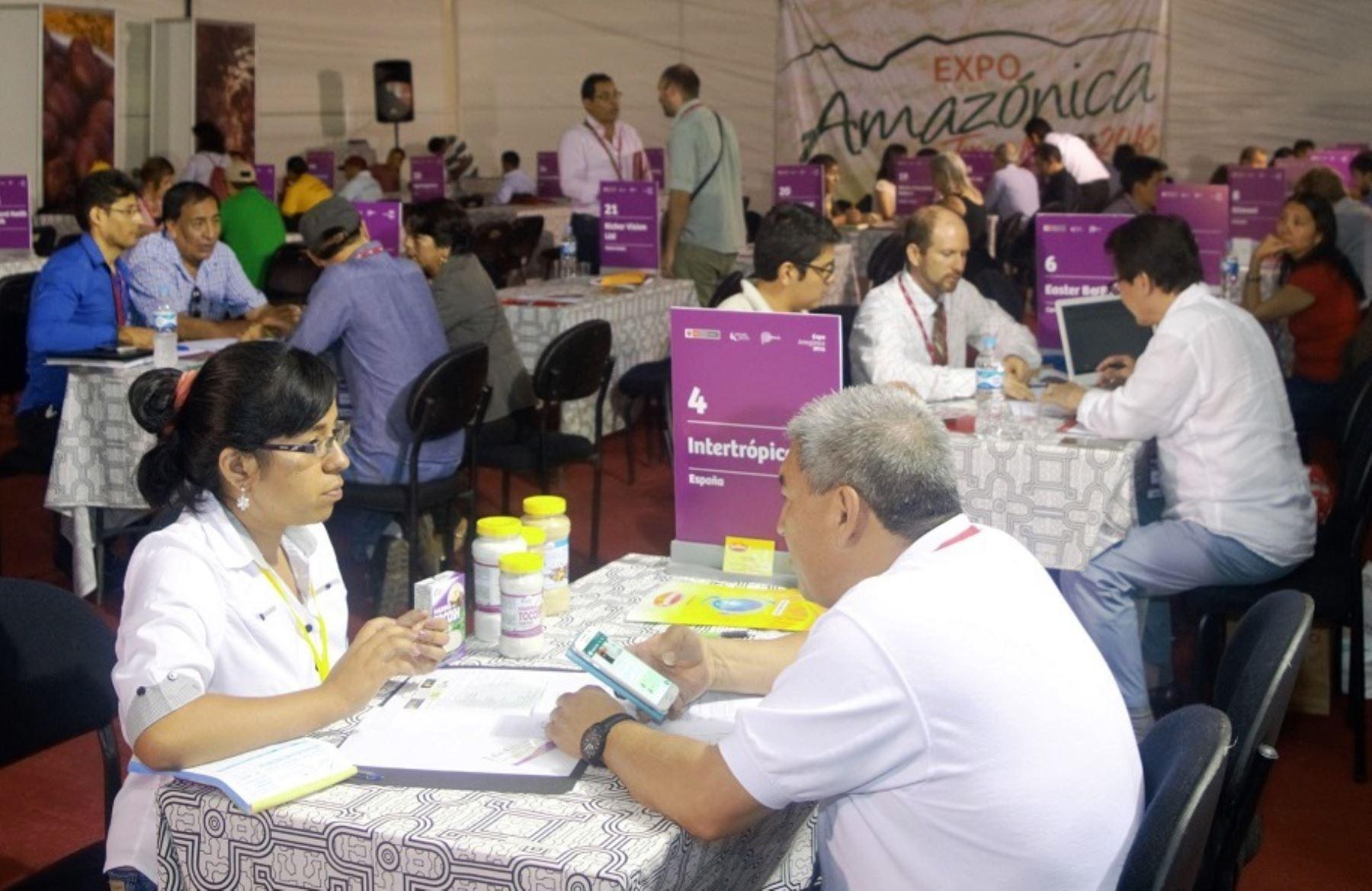 Empresarios brasileños participan en rueda de negocios. ANDINA/archivo