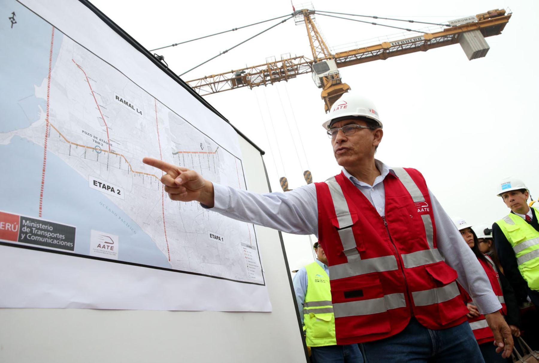 Ministro de Transportes y comunicaciones, Martin Vizcarra inspecciona Linea 2 del metro de Lima Foto: ANDINA/Melina Mejía
