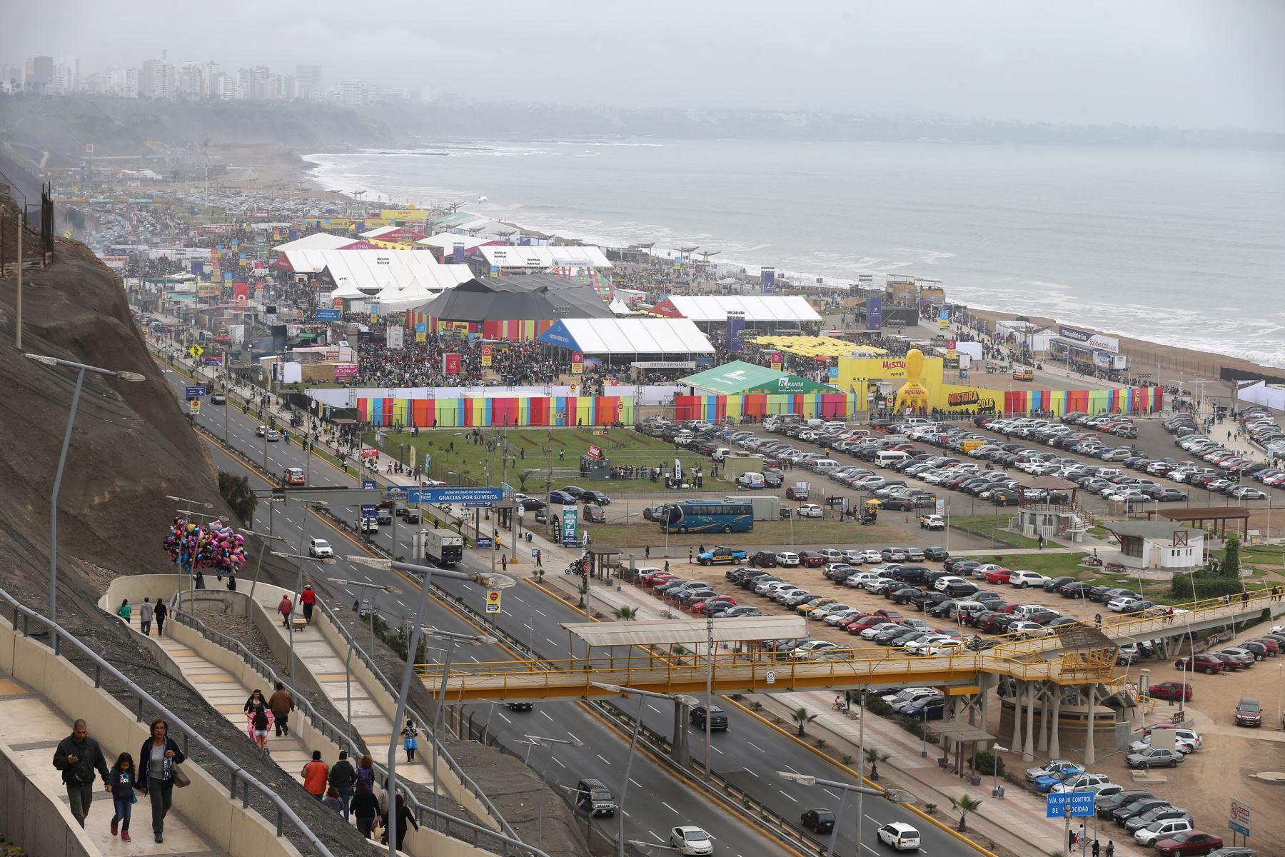 LIMA PERU SETIEMBRE 04 . Vista  panoramicas de Mistura  Foto: ANDINA/Norman Córdova
