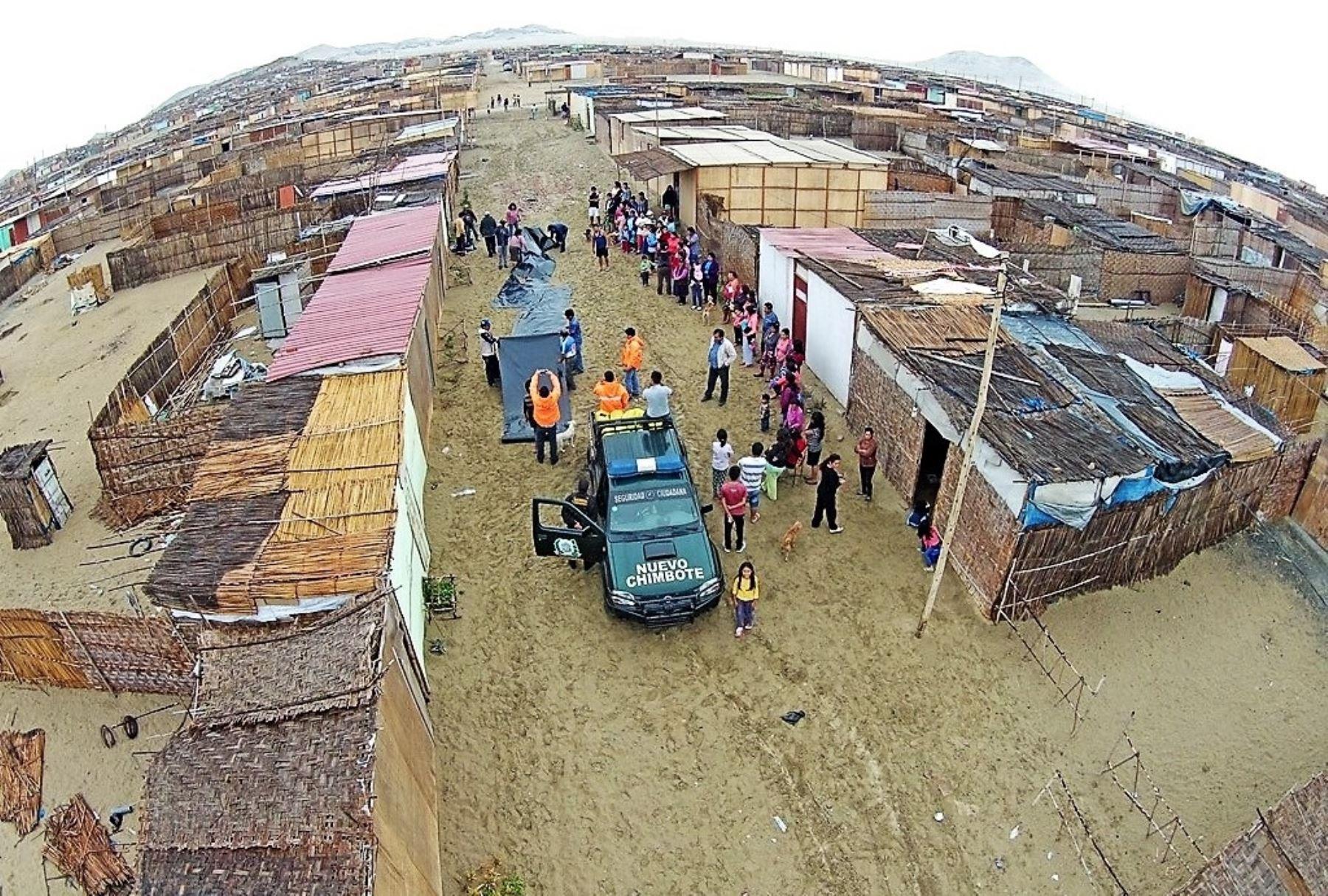 Proyecto Chinecas recuperará 217 hectáreas invadidas en Nuevo Chimbote, afirma gerente Edilberto Ñique. ANDINA