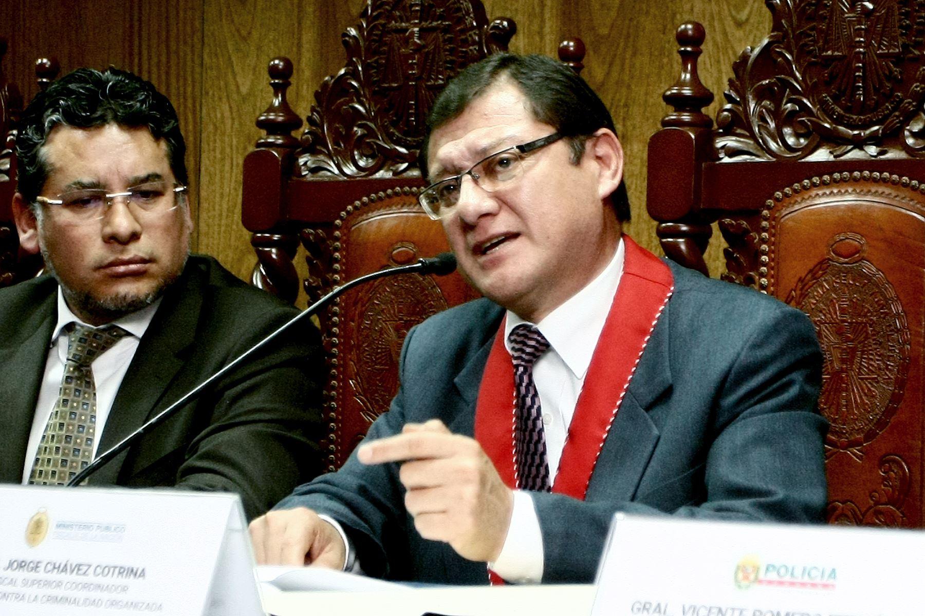 Fiscal Jorge Chávez Cotrina.