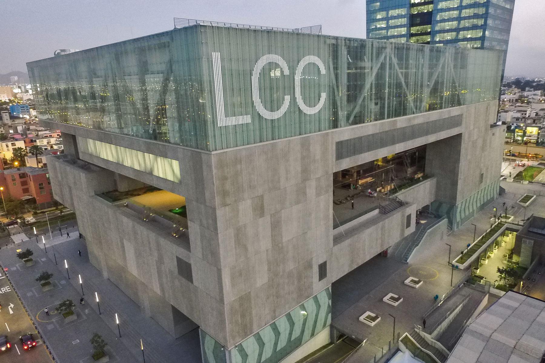 Fachada panorámica del Centro de Convenciones de Lima.Foto:ANDINA/Oscar Farje Gomero.