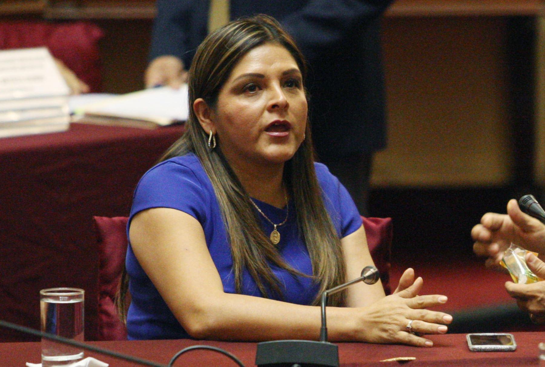 Cuatro bancadas piden que no se destituya a Pablo Sánchez