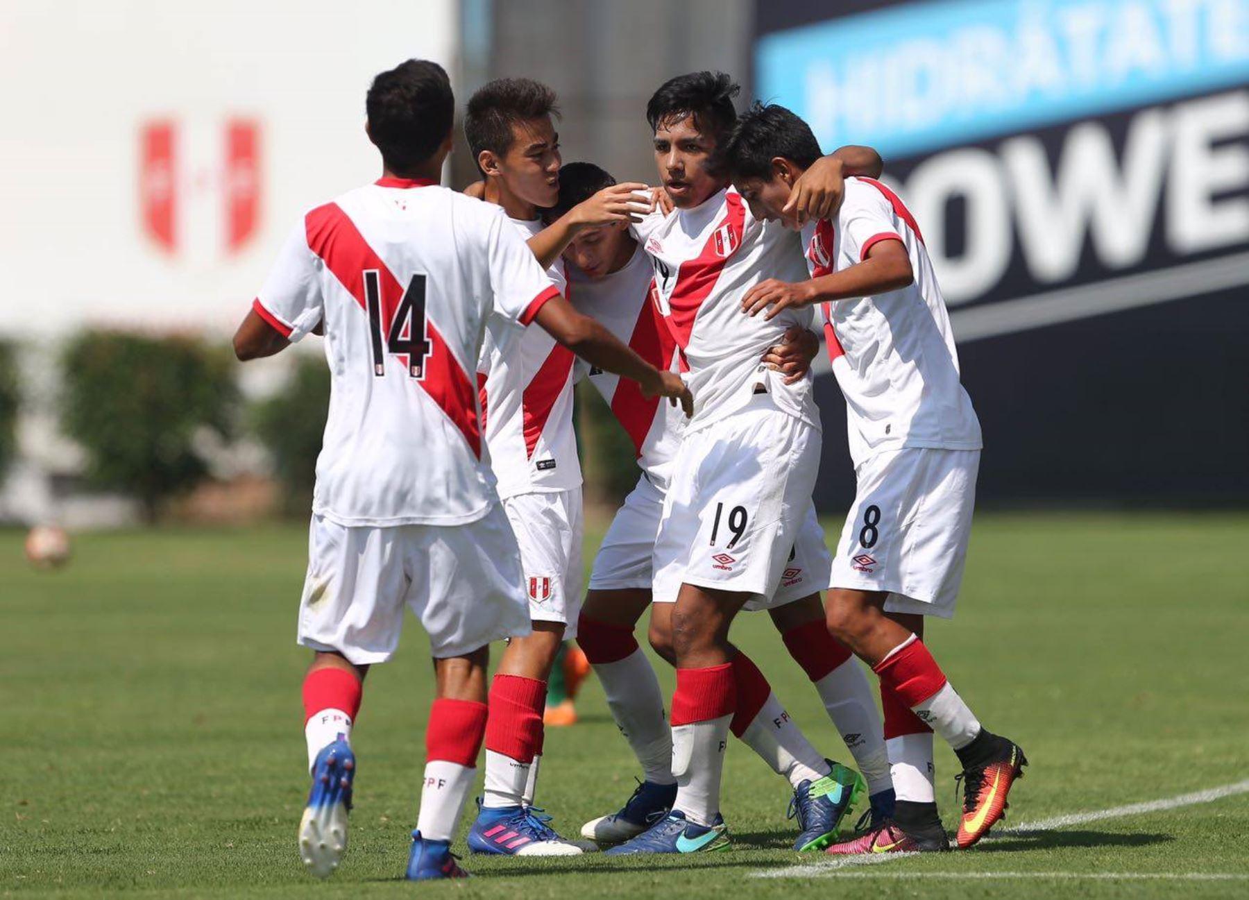 Perú sub-17.