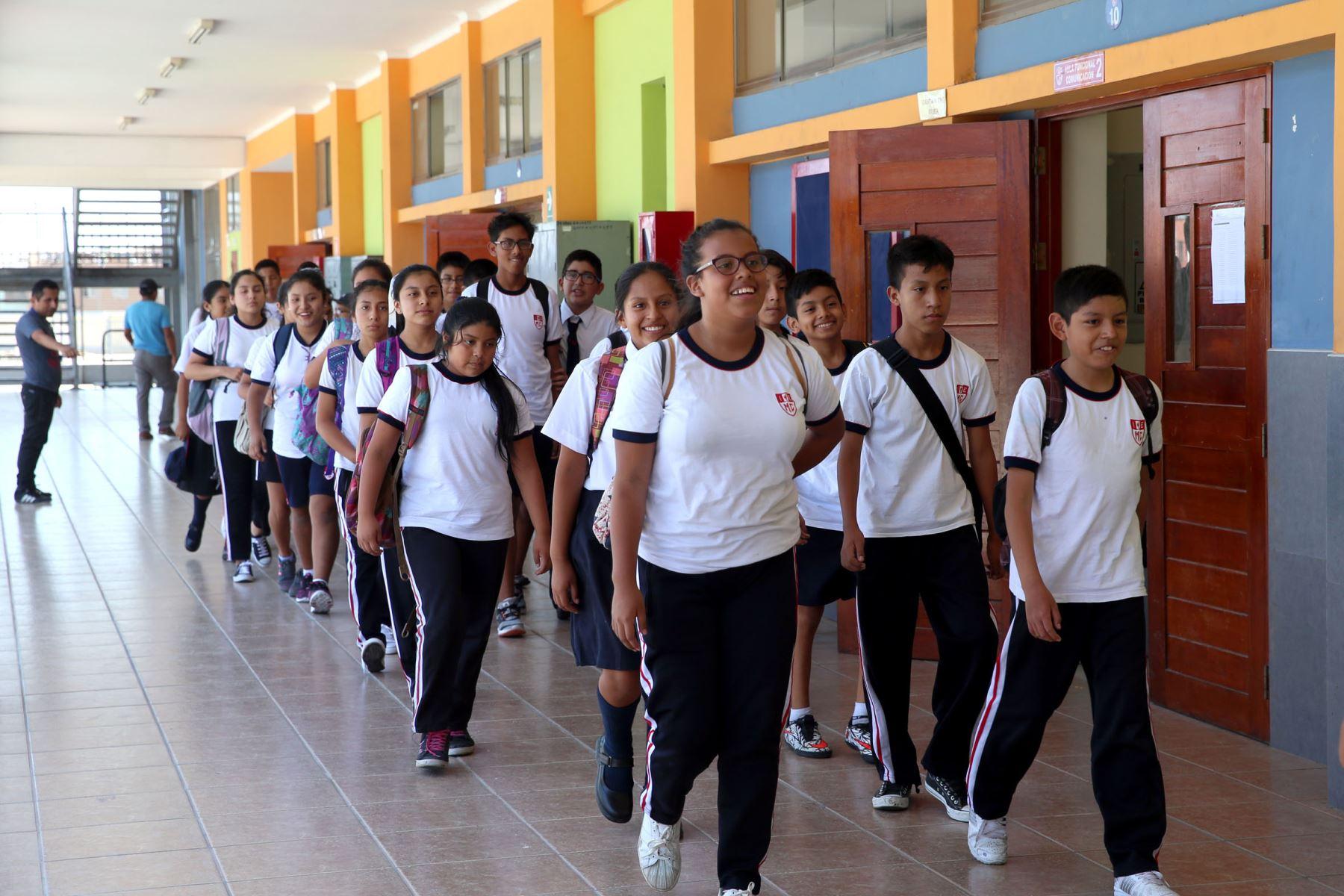 El próximo lunes se reanudan clases en el 80% de escuelas del país ...