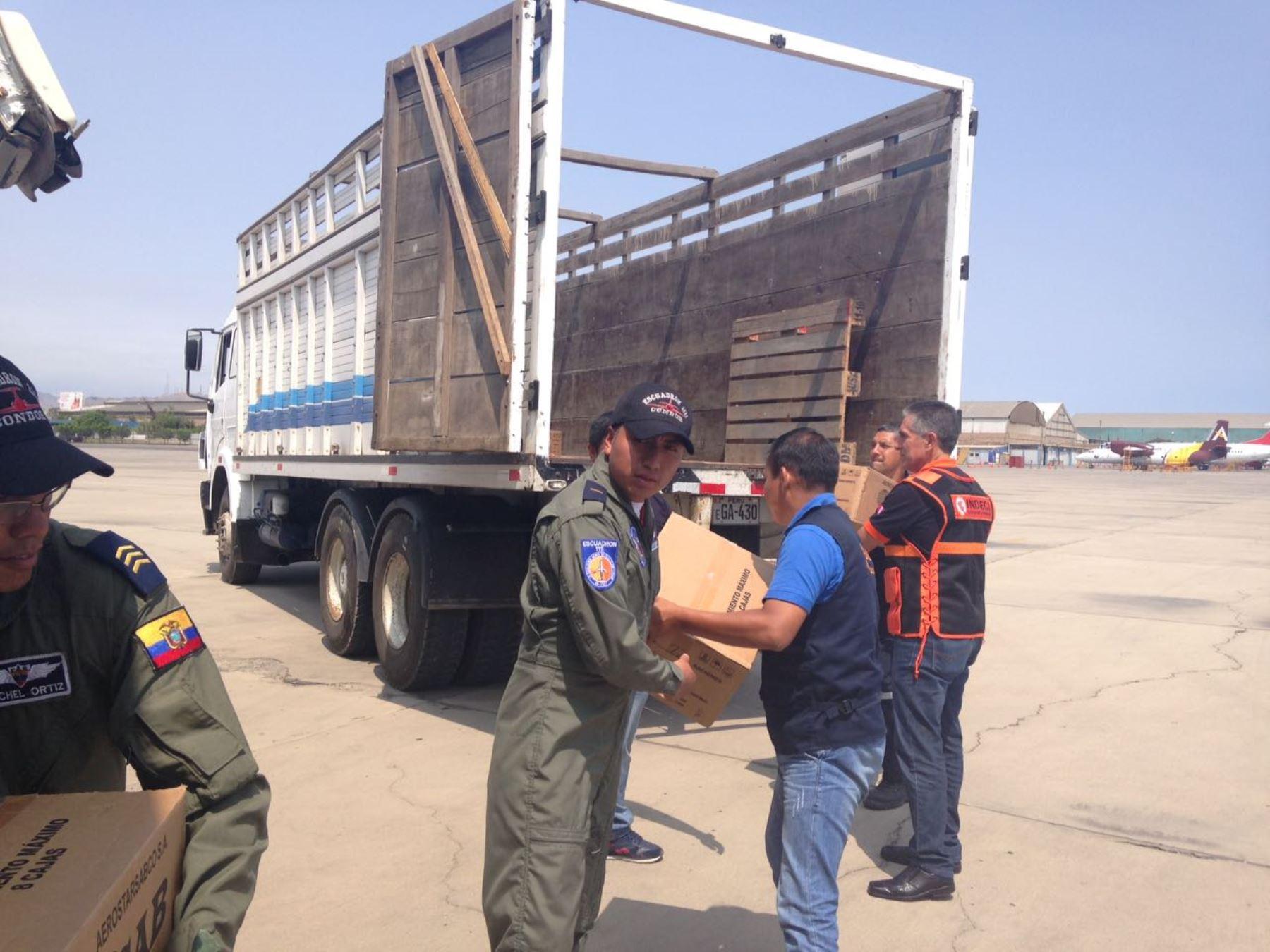 Ecuador ayuda a damnificados de Perú afectados por desastres naturales.
