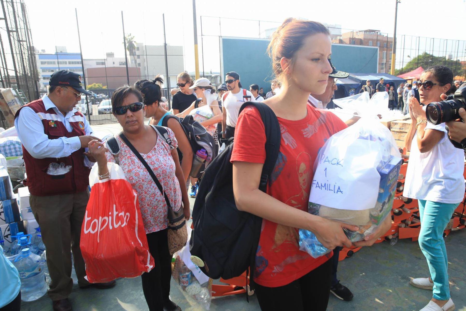 Voluntarios de universidades van hacia chosica para llevar for Portal del ministerio del interior