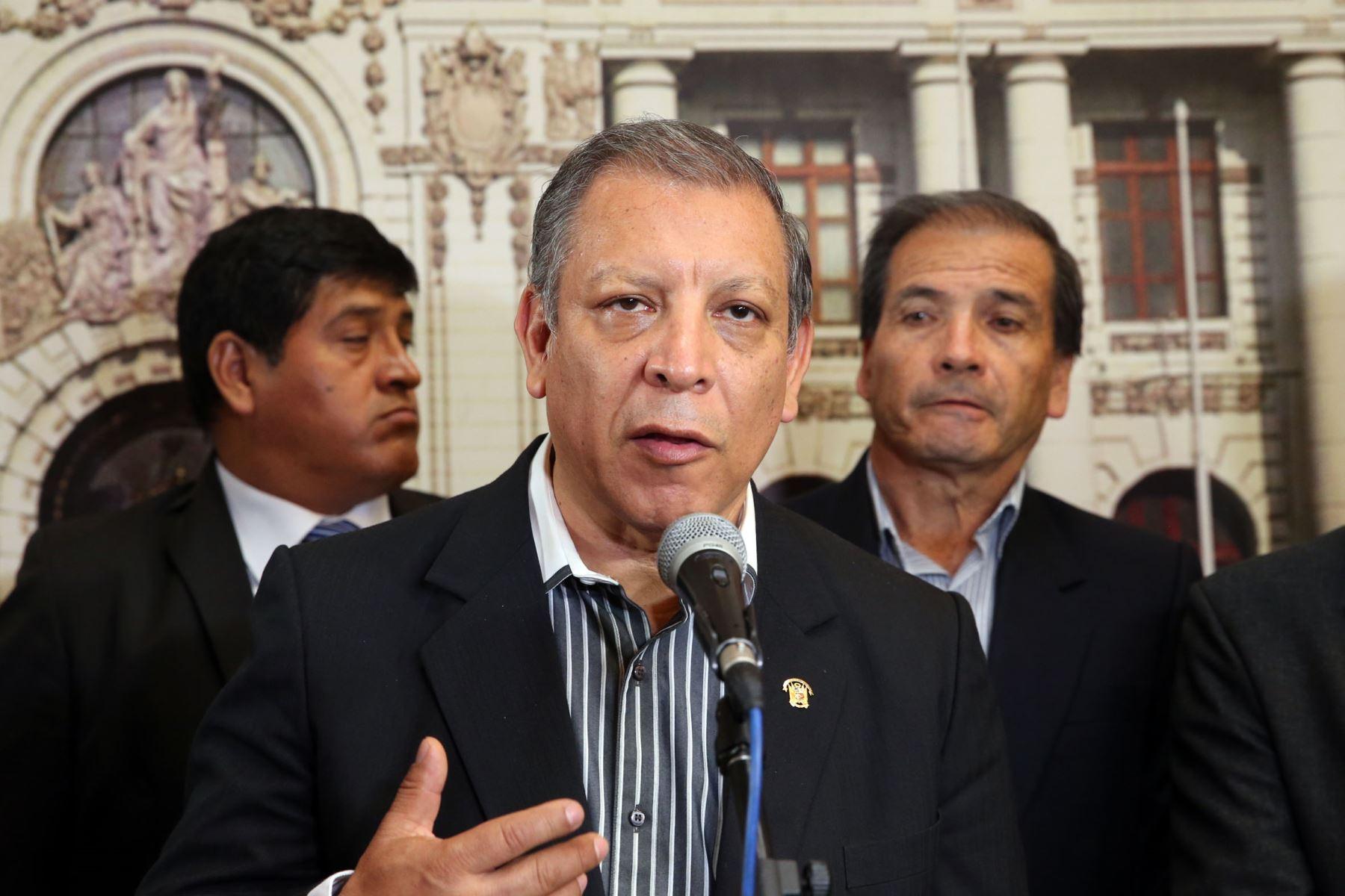 Frente Amplio presentará una moción de vacancia presidencial contra PPK