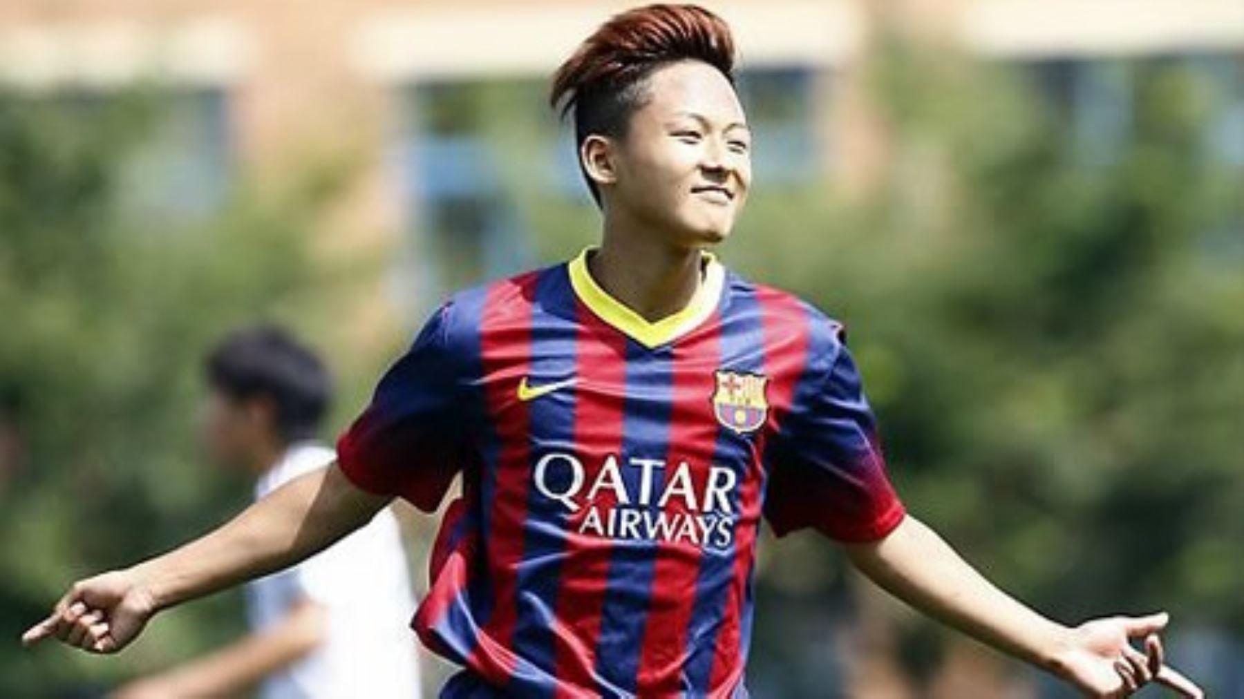 Lee Seung-woo es el Messi surcoreano que juega en el Barcelona desde pequeño.