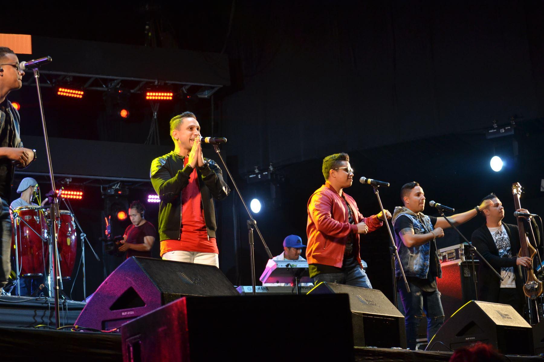 Los venezolanos de Orquesta Los Adolescentes mostraron su evolución musical en el Estadio Nacional. Foto cortesía: Marco Tapia.