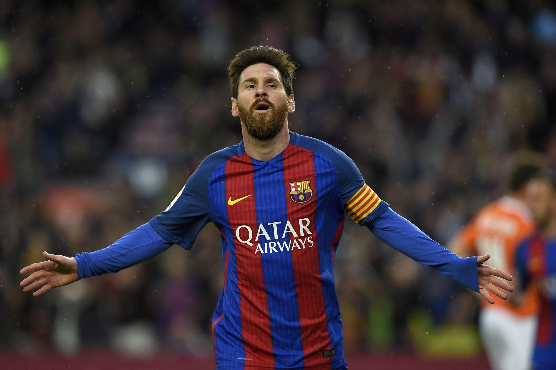 Messi renueva contrato con el Barça hasta 2021