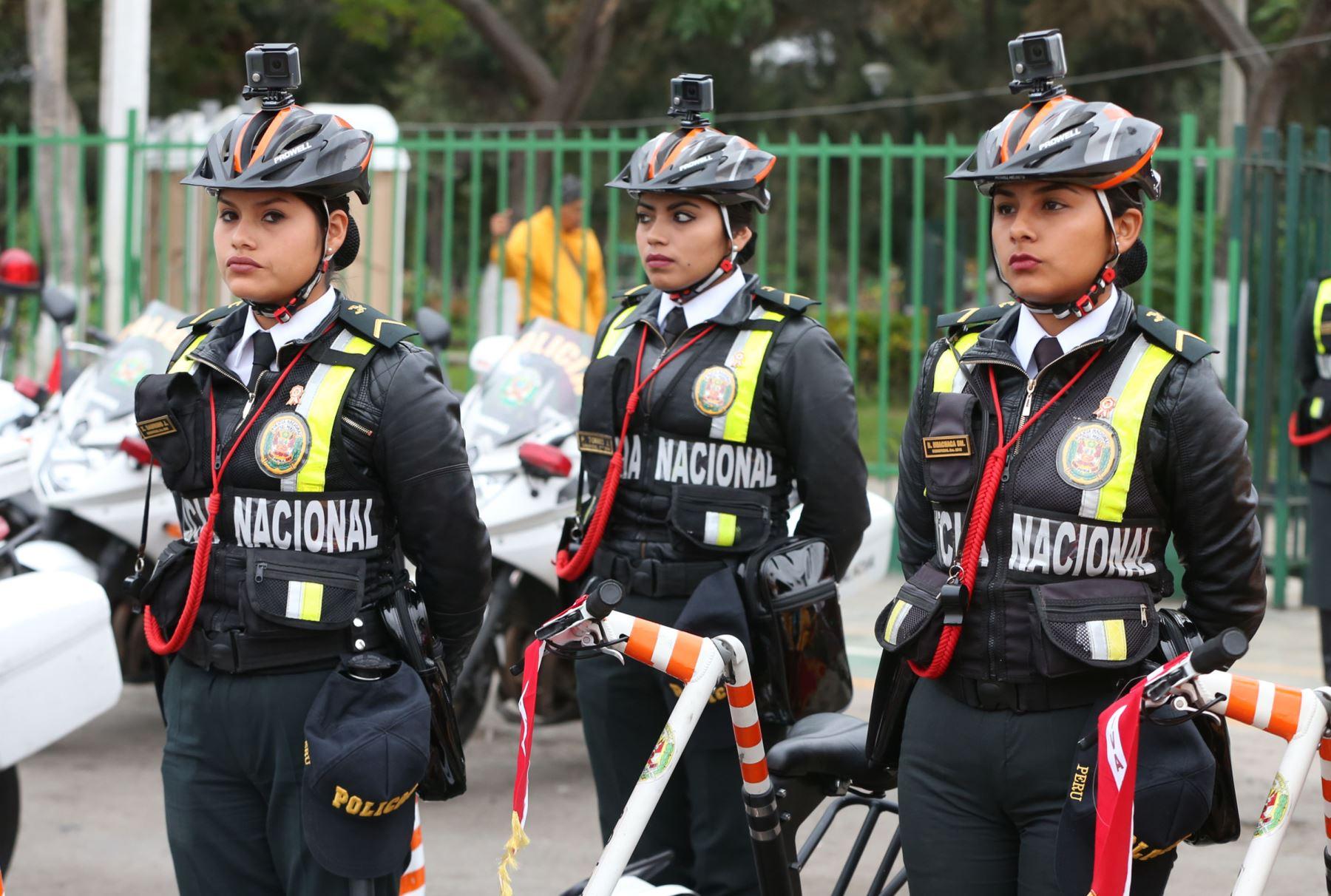 5,400 policías garantizarán orden público en Navidad y Año Nuevo en la región Arequipa. ANDINA/Vidal Tarqui