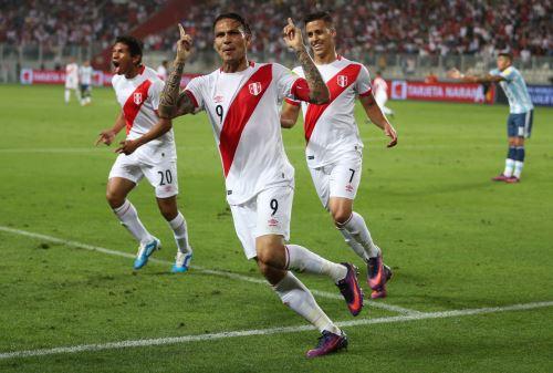 LIMA, PERÚ OCTUBRE 06. La selección peruana de fútbol se enfrenta a Argentina por las eliminatorias del Mundial Rusia 2018. Foto: ANDINA/Carlos Lezama