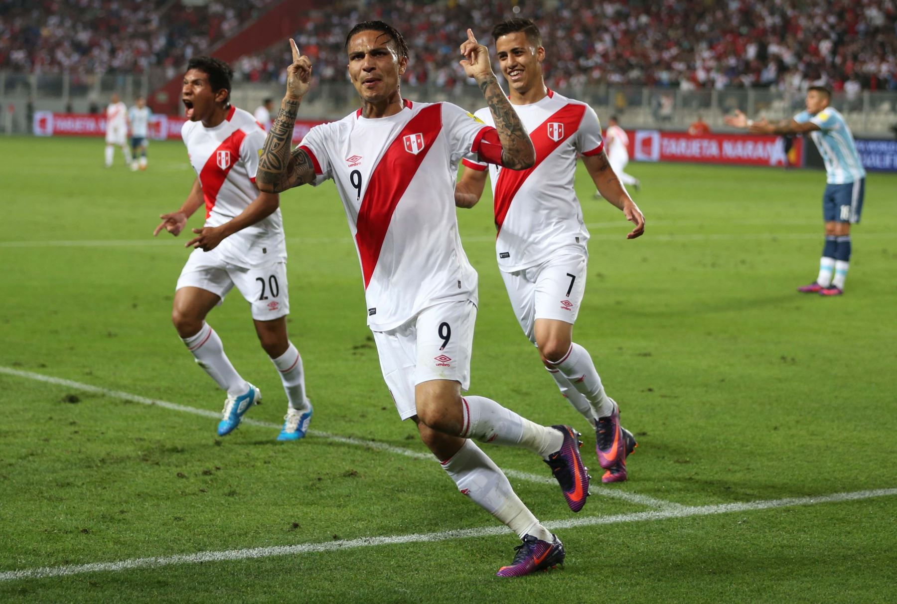 Peru's Guerrero cleared for World Cup as ban cut
