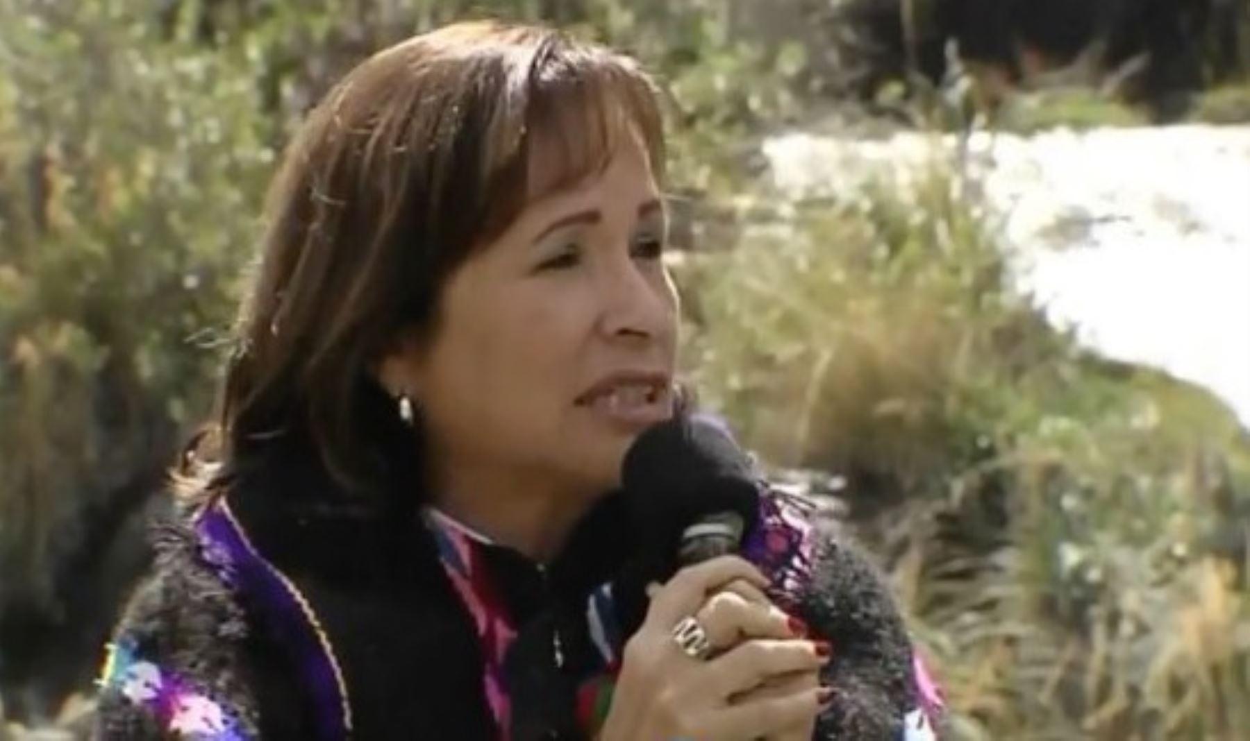 """Ministra del Ambiente, Elsa Galarza, lanza iniciativa """"Fábricas de Agua"""" en la localidad de Huayanca, provincia de Yauyos, región Lima."""