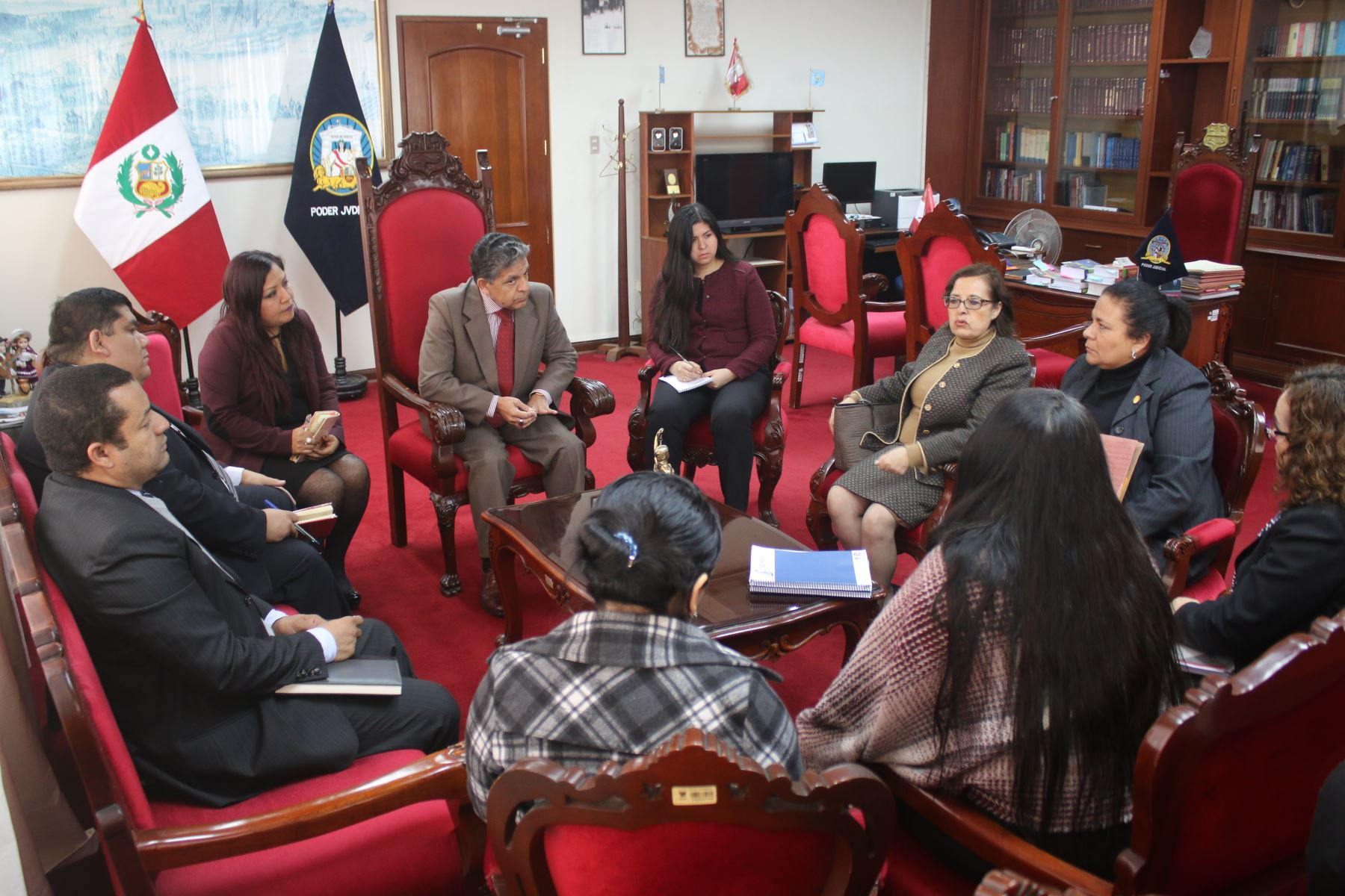 Autoridades analizan funciones de centro de ayuda a adolescentes en el Callao. Foto: Difusión.