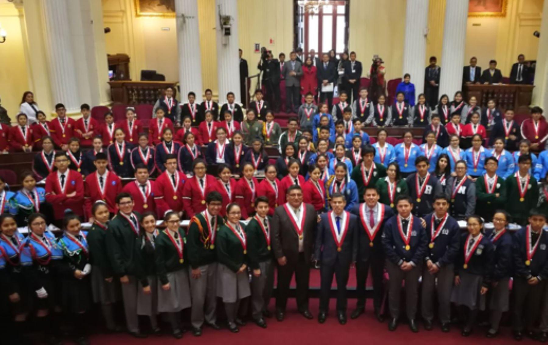 """Congreso: Alumnos de 19 colegios fueron """"parlamentarios por un día"""". Foto: Difusión."""