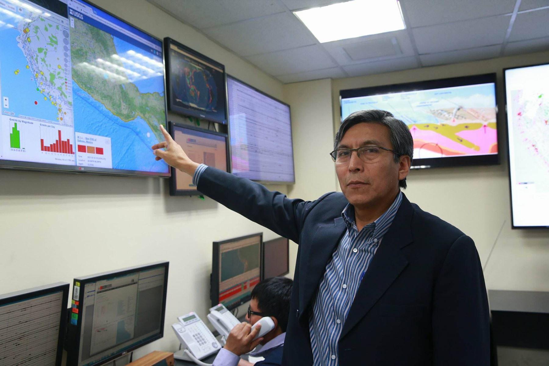 Director del Instituto Geofísico del Perú, Hernando Tavera.