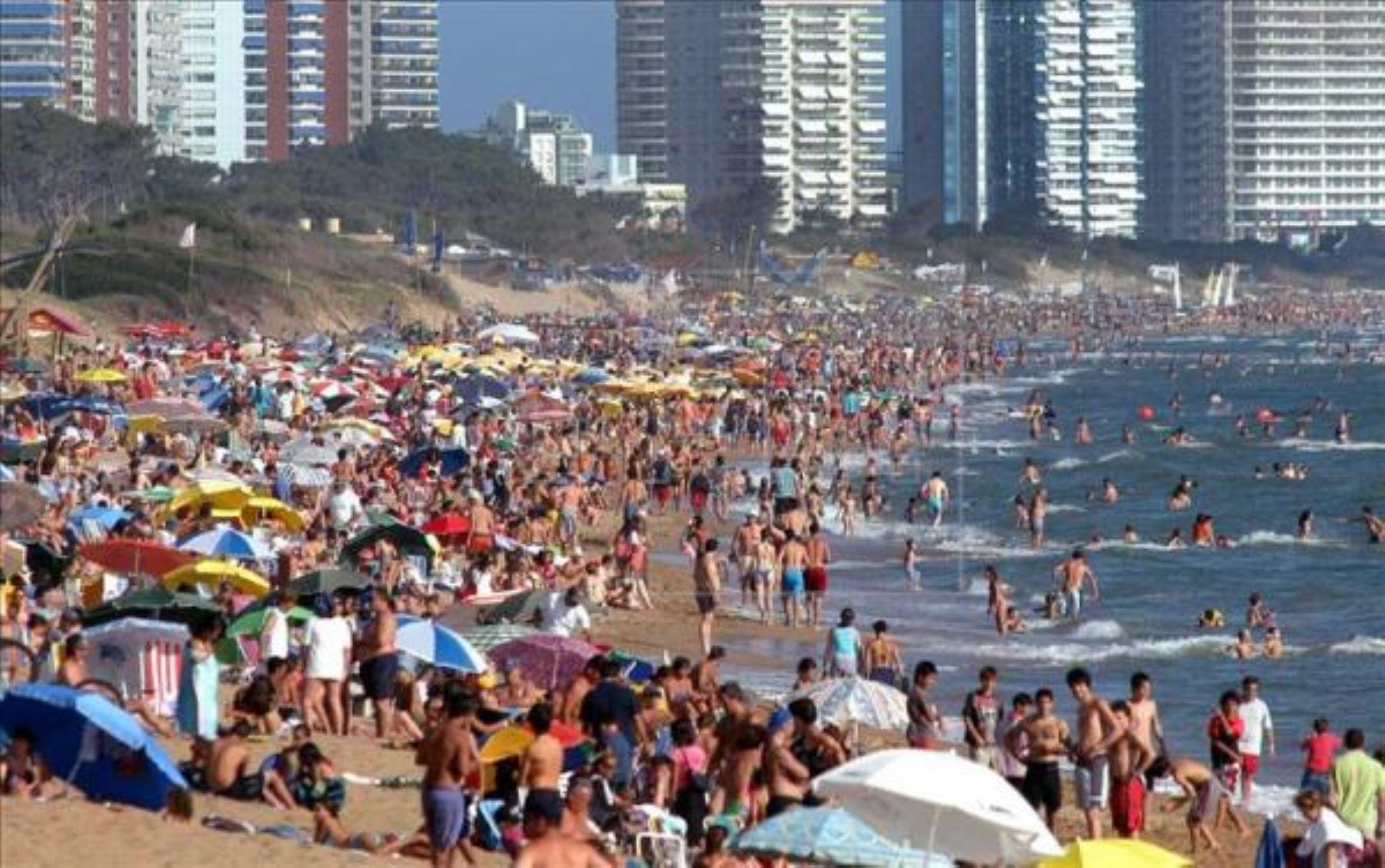 Cantidad de visitantes del exterior en enero aumentó 8,5 % respecto al 2017
