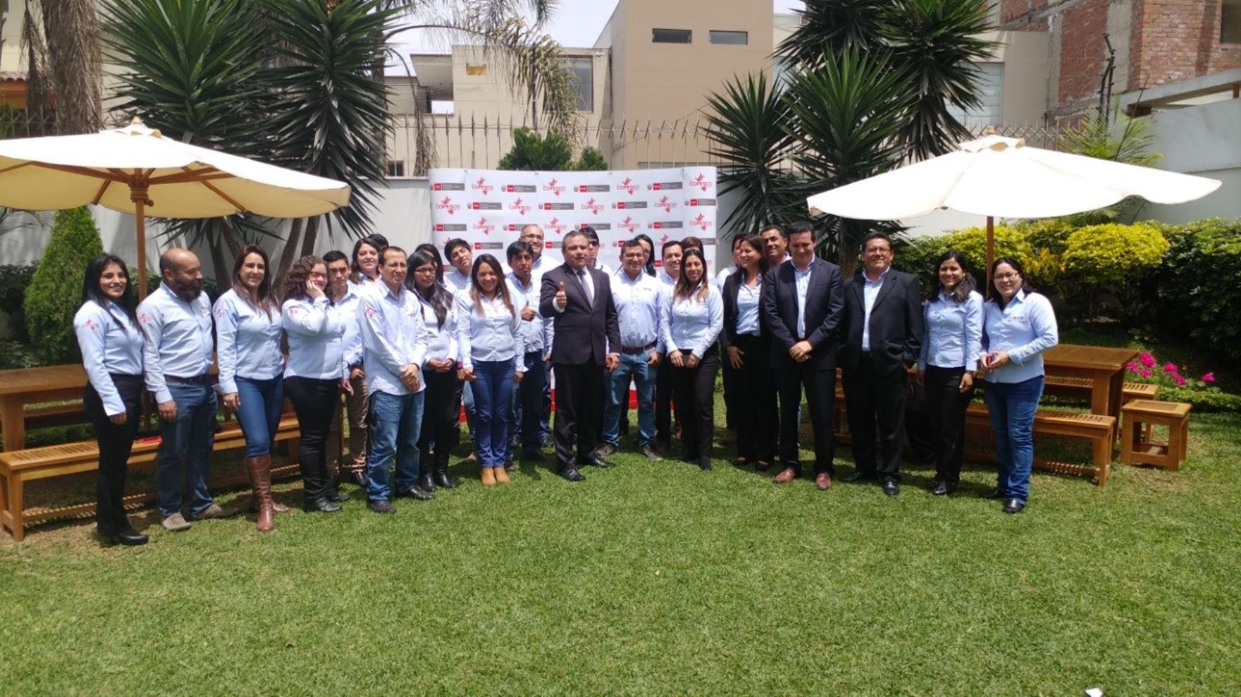 Director ejecutivo del Plan Copesco, José Vidal, junto al equipo técnico altamente calificado que lo acompaña.