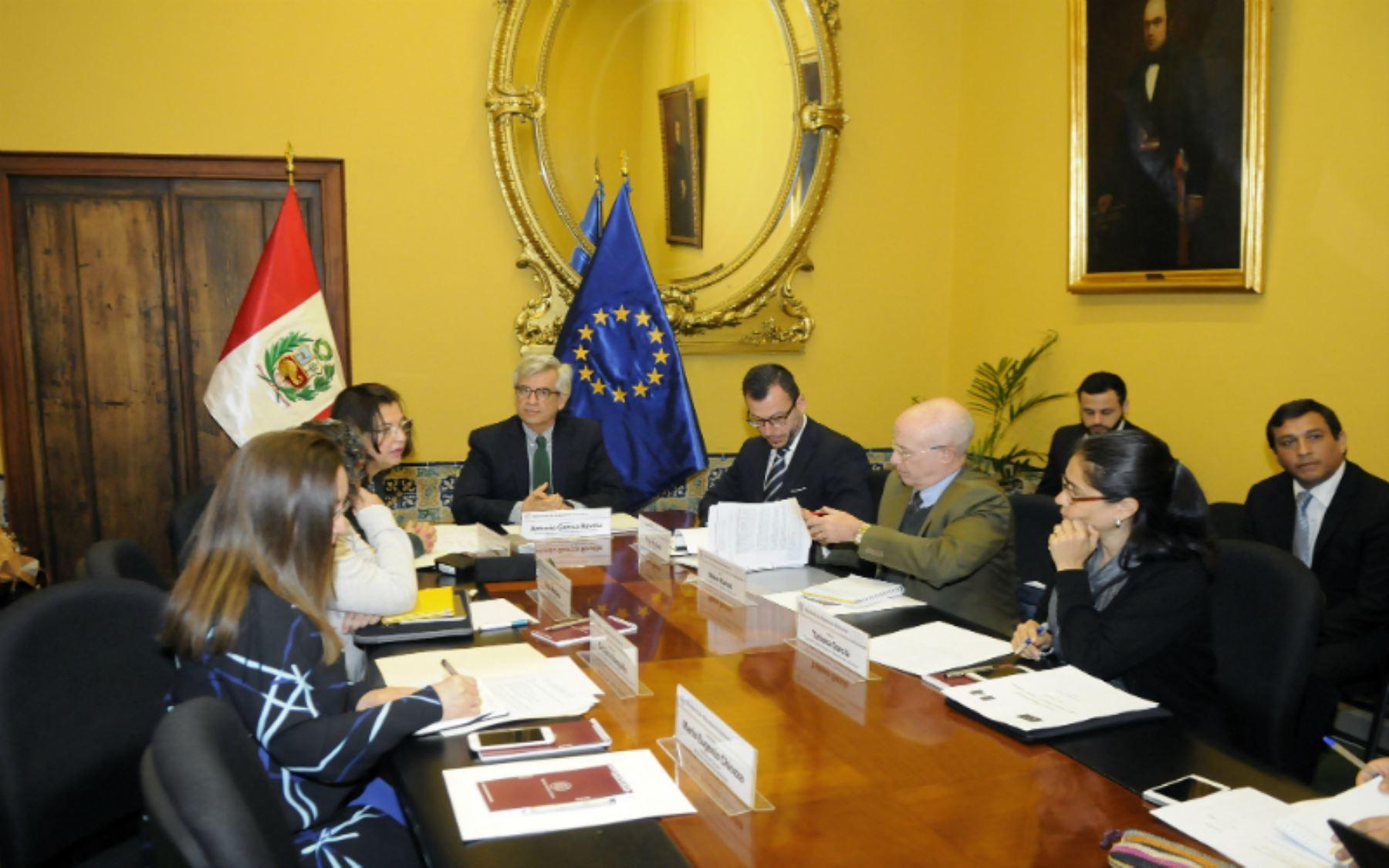 Diálogo Perú-UE