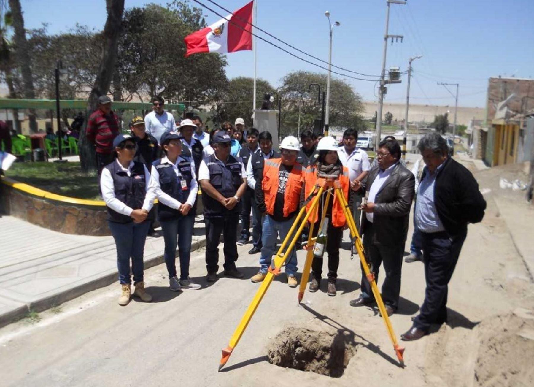 """Con la puesta en marcha del proyecto """"Ampliación y mejoramiento del servicio de agua potable y alcantarillado en los centros poblados de Sama Grande, Poquera, Proter y Tomasiri, distrito de Inclan, región Tacna"""", el 90% de la población de esta jurisdicción contará con servicios básicos de saneamiento."""
