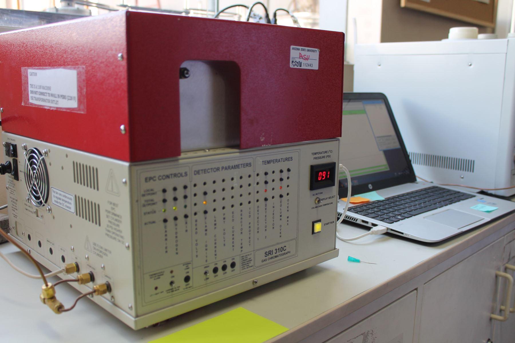 Equipo cromatógrafo de la NASA. Foto: Cortesía/Universidad Católica San Pablo de Arequipa