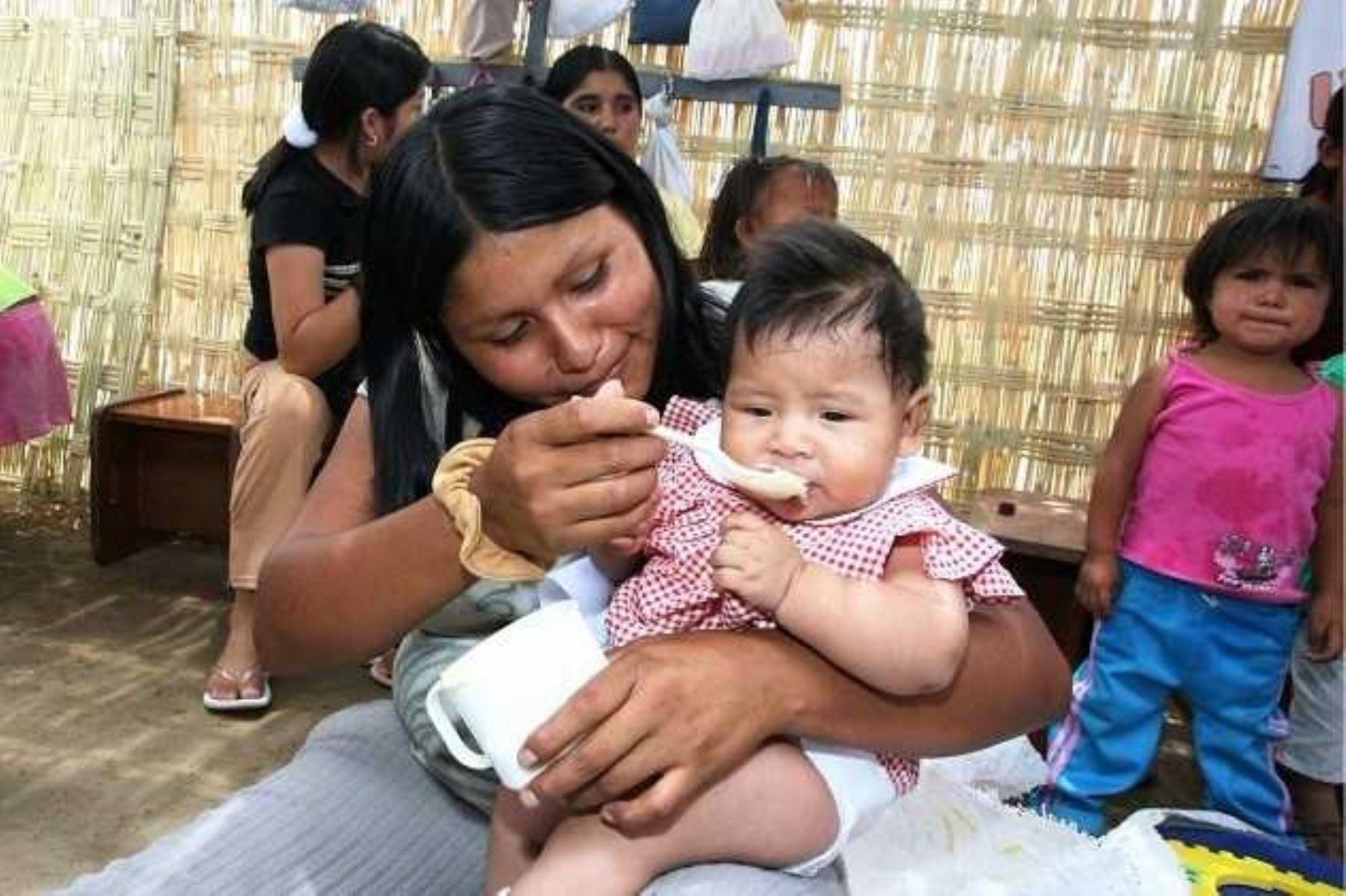 La alimentación en los primeros años de vida es clave para el desarrollo de la persona. ANDINA/Difusión