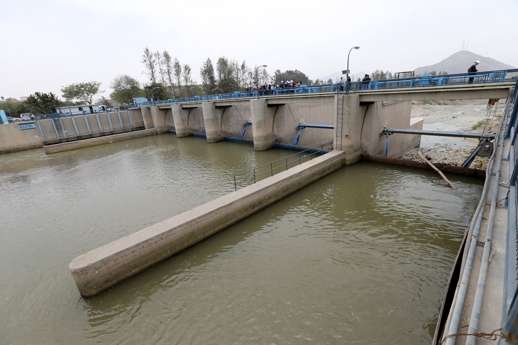 El Ministerio de Vivienda, Construcción y Saneamiento (MVCS) asumirá el financiamiento de las inversiones en tratamiento de aguas residuales en las provincias de Chepén (La Libertad) y Lambayeque, en el departamento del mismo nombre, lo que beneficiará a 110,000 habitantes. ANDINA/Norman Córdova