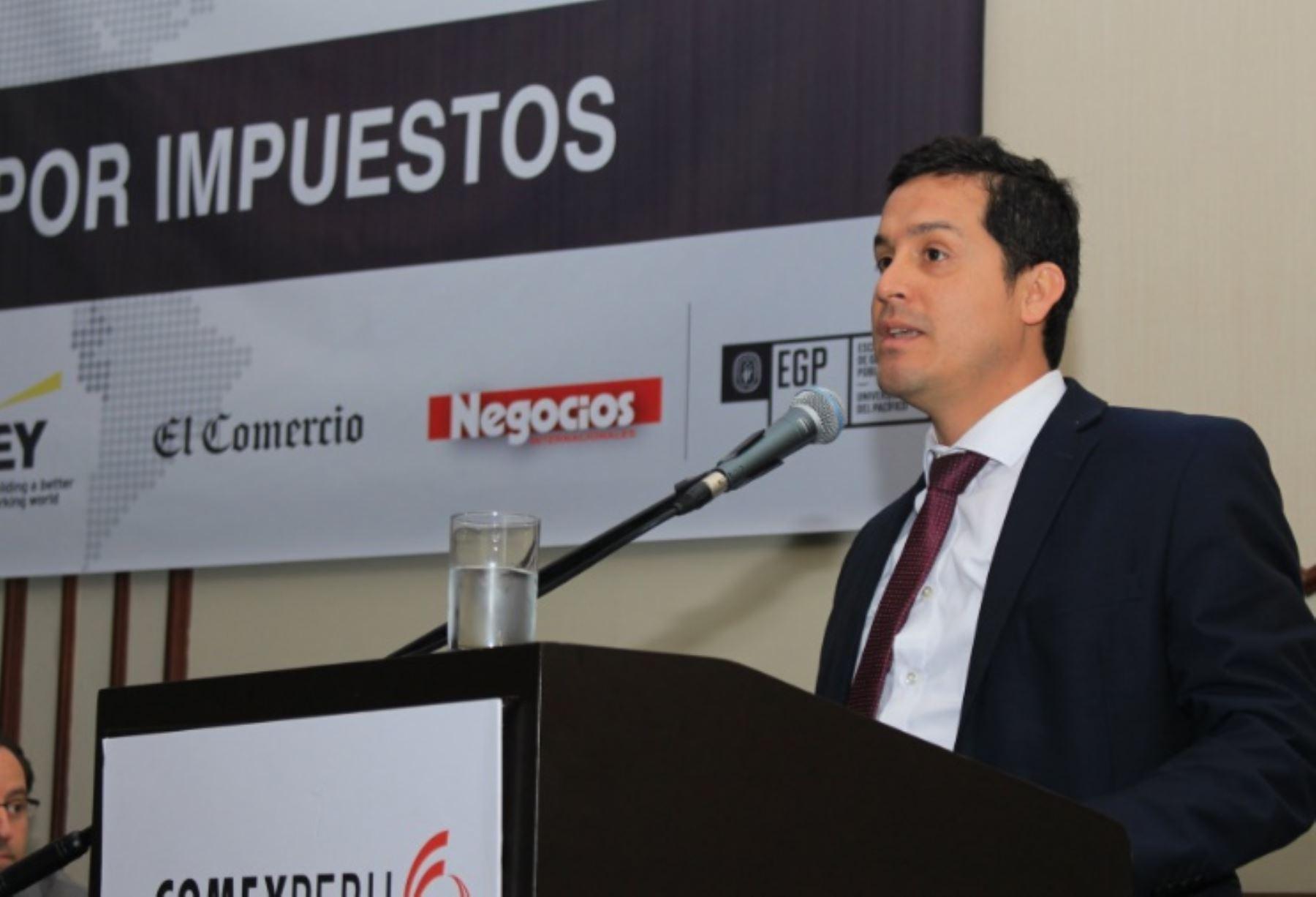 Director Ejecutivo Adjunto de la Autoridad para la Reconstrucción Con Cambios, Luis Felipe Gil. Foto: Comex Perú.