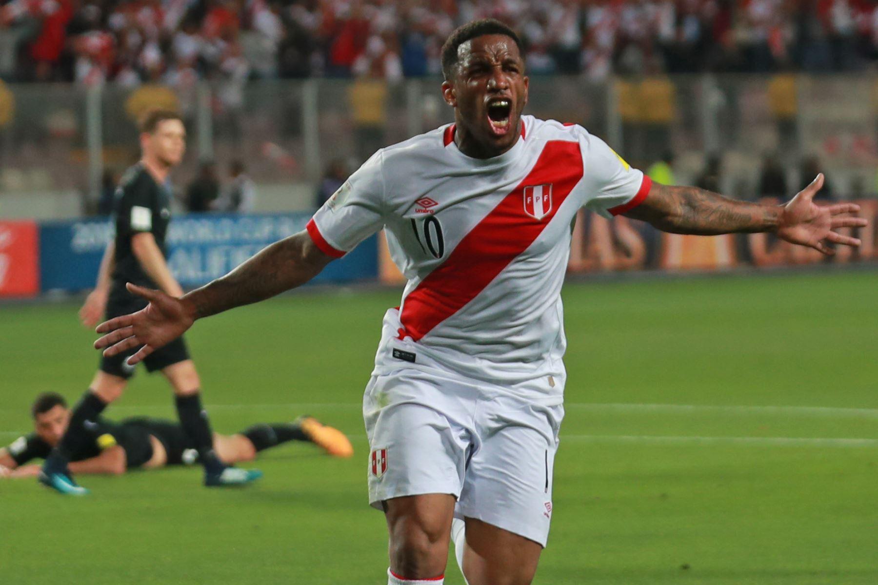 Perú vence 1-0 a Nueva Zelanda en partido por último cupo a Rusia 2018. Foto: ANDINA/Carlos Lezama