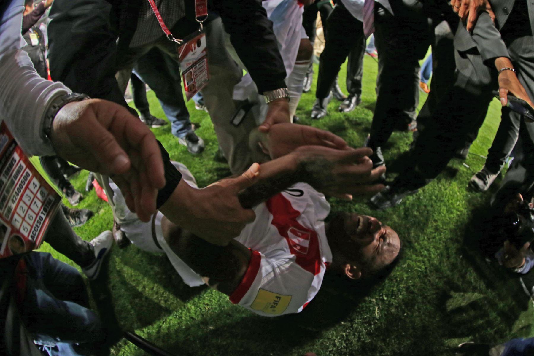 LIMA,PERÚ-NOVIEMBRE 15. Perú clasifica para el Mundial de Rusia 2018. Foto: ANDINA/Carlos Lezama.