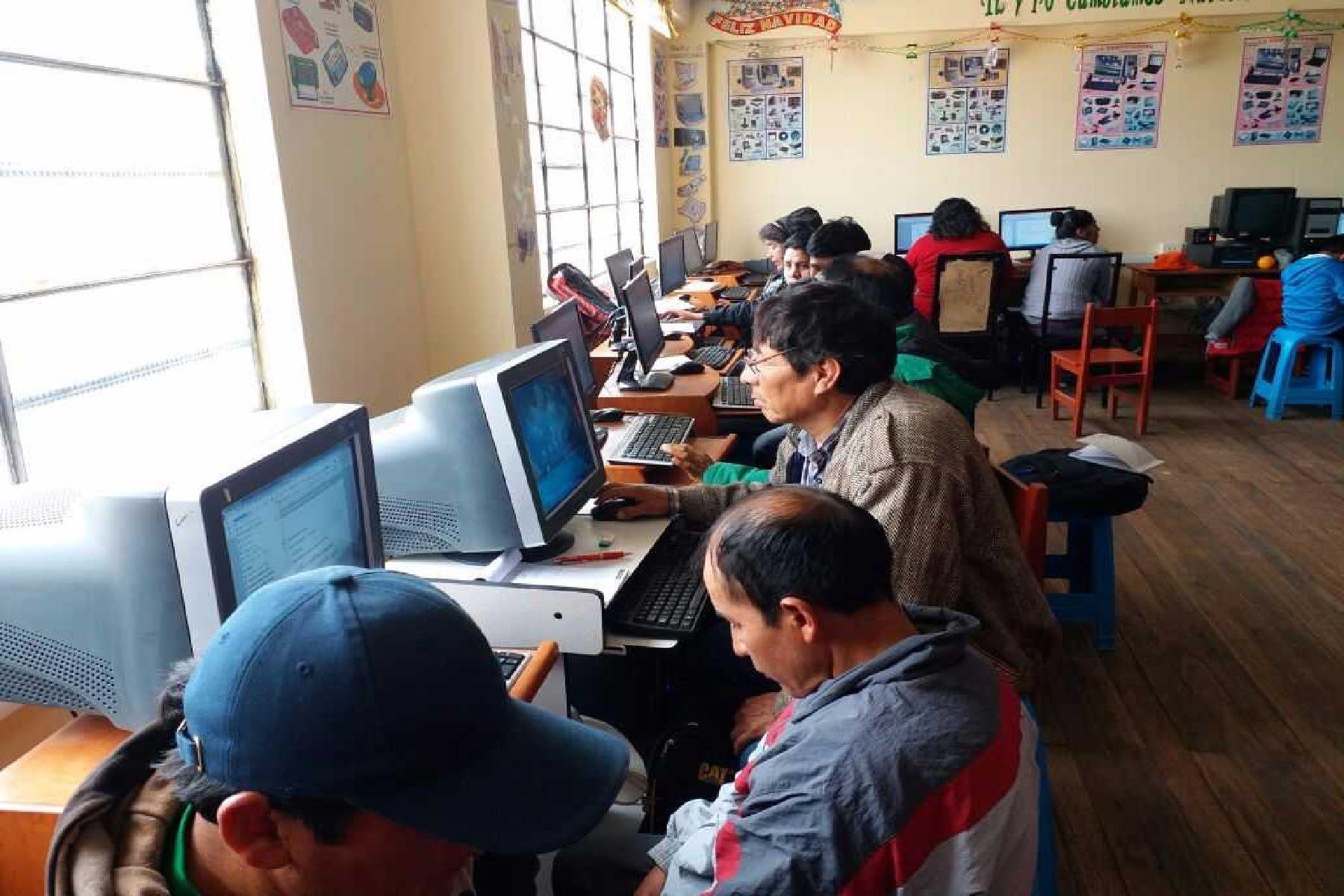Se capacitaron un promedio de 250 docentes de la provincia cusqueña de Chumbivilcas.