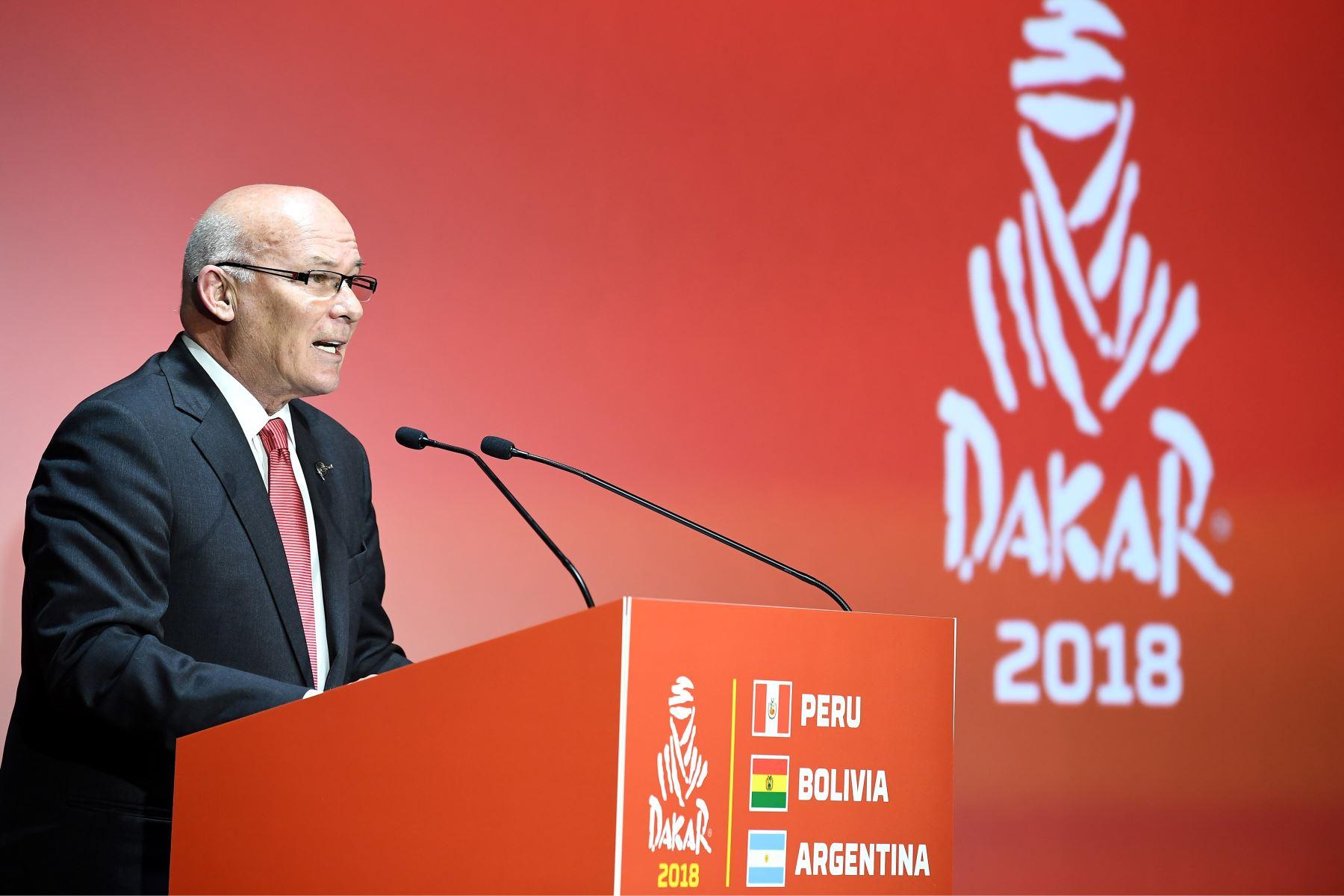 22/11/2017   Ministro de Comercio Exterior, Eduardo Ferreyros, durante la presentación en Francia del Dakar 2018. Foto: AFP.
