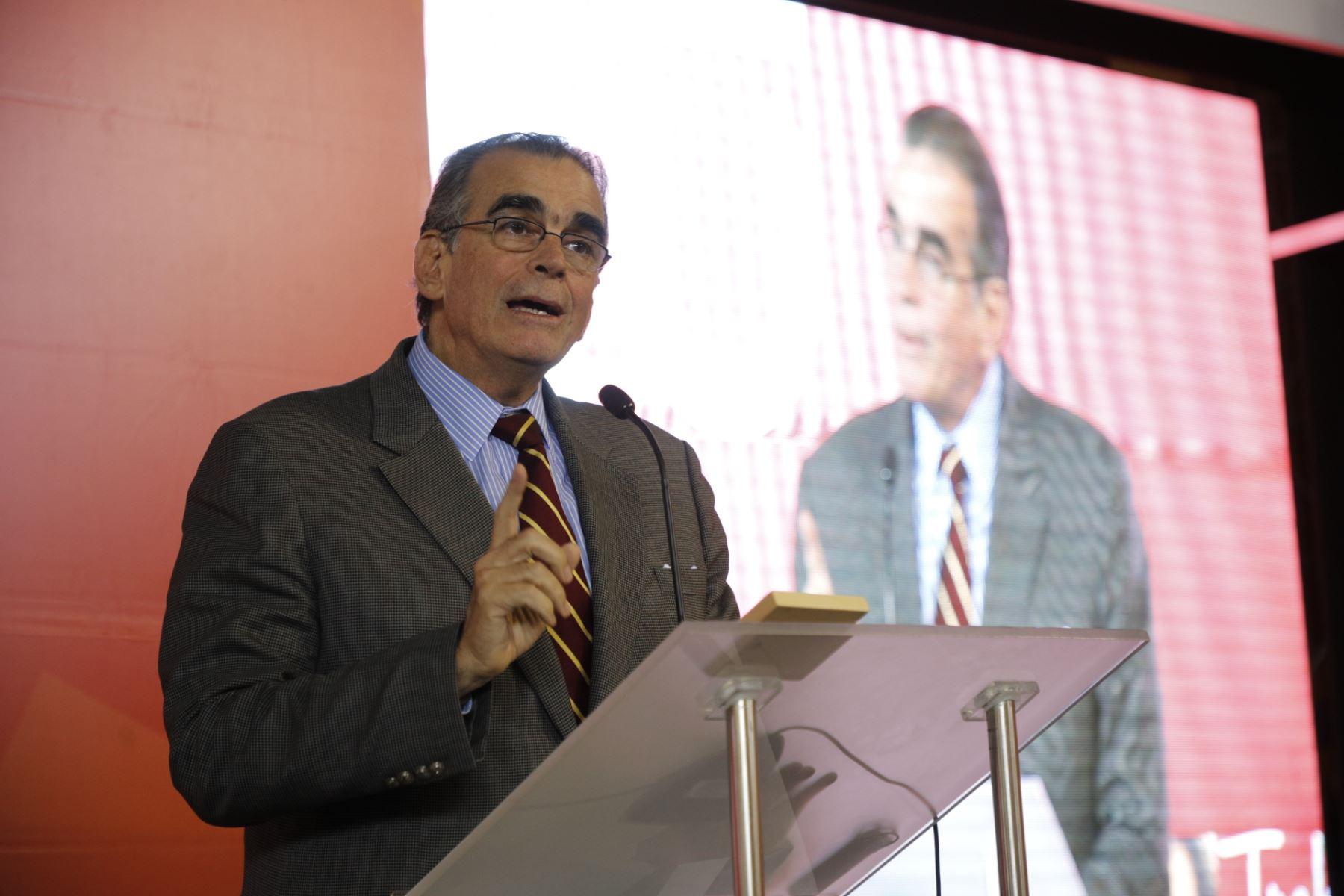 Ministro de la Producción, Pedro Olaechea. Foto: Cortesía.