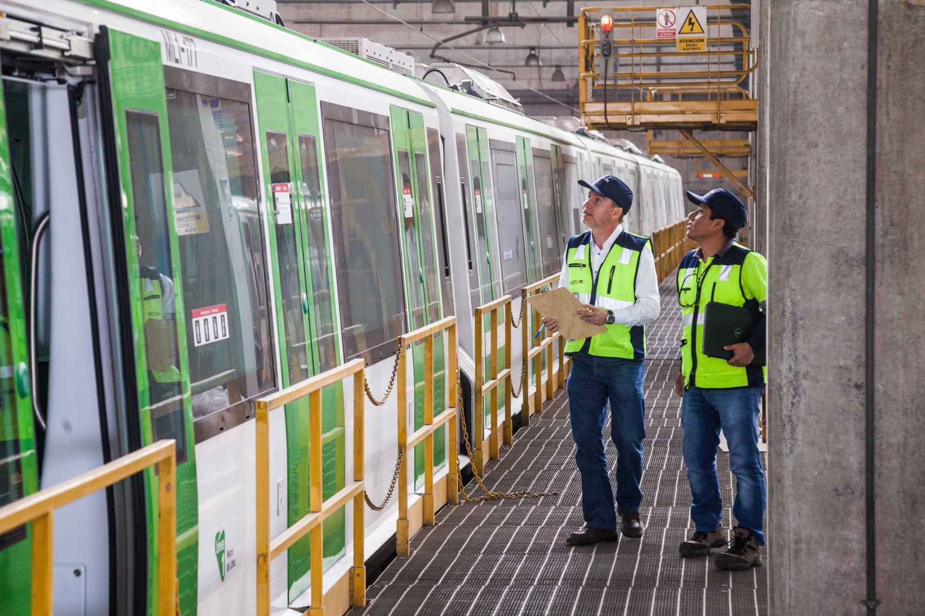 Suspenden servicio de Línea 6 por falla en un tren