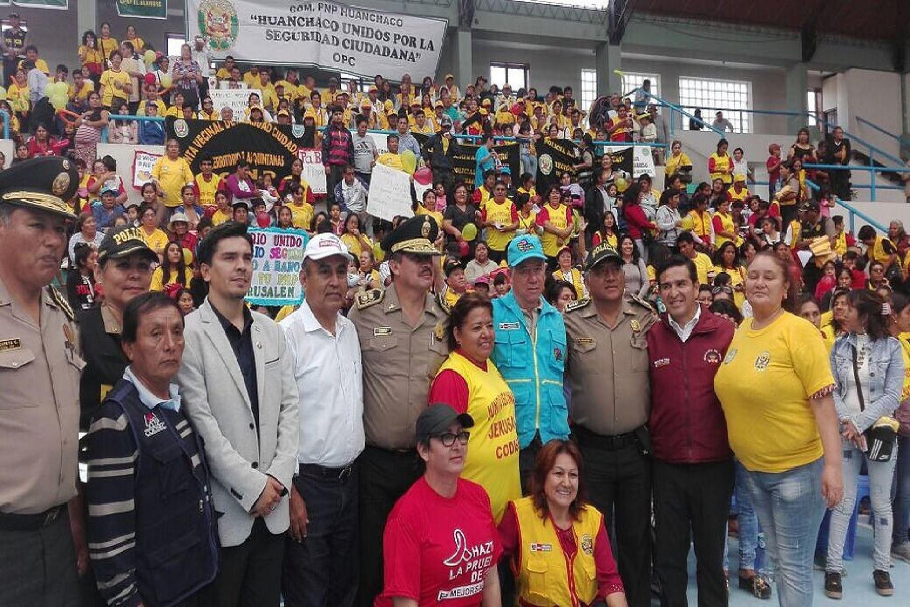 La libertad realizan primer encuentro multisectorial for Portal del ministerio del interior