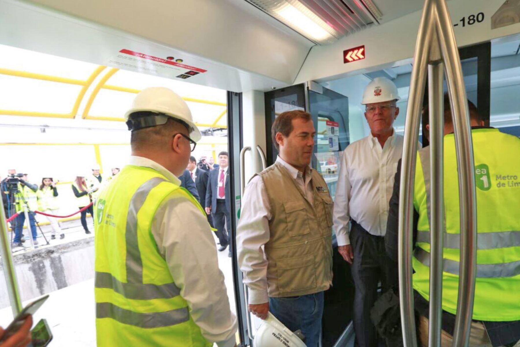 PPK inició operación del tren 25 del Metro de Lima [FOTOS]