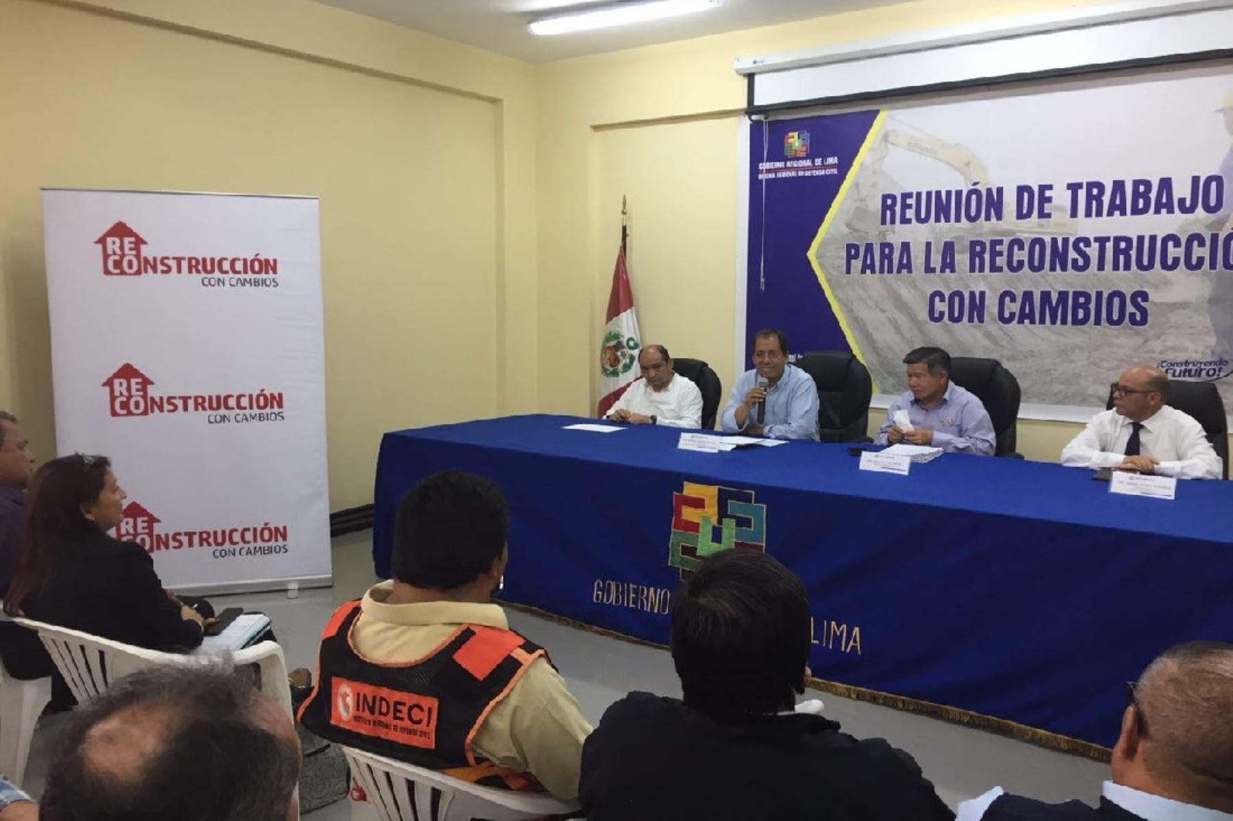 Resultado de imagen para Reconstrucción con Cambios: priorizan obras para la región Lima