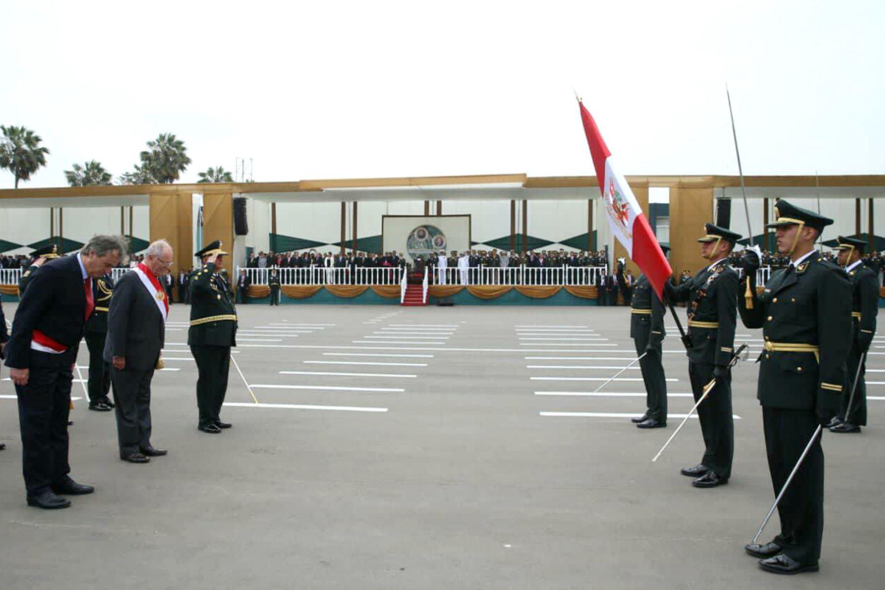 Presidente Kuczynski  preside ceremonia por el XXIX aniversario de la Policía Nacional. Foto: ANDINA/Prensa Presidencia