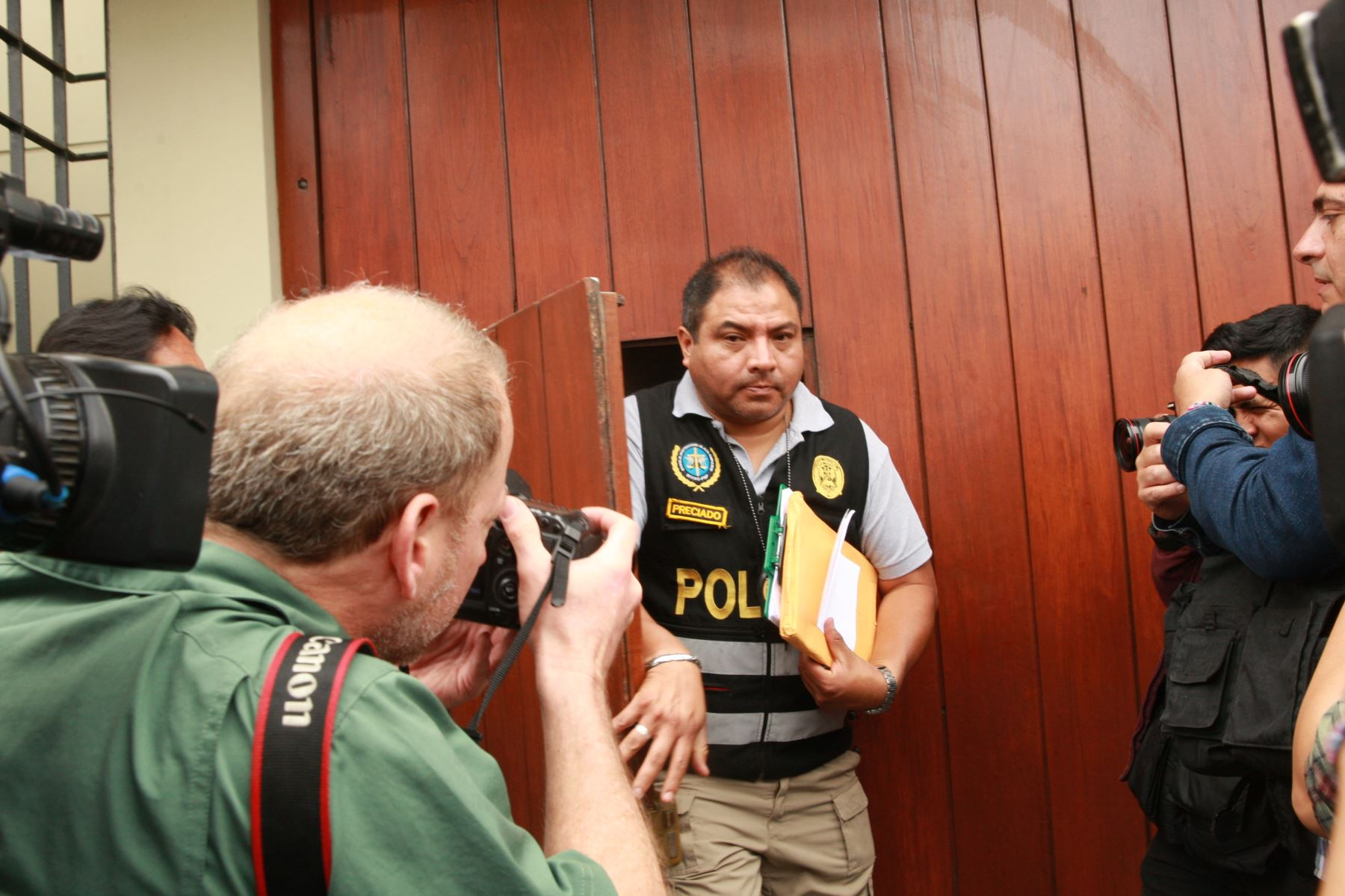 Allanamiento en local de Fuerza Popular en Surco. Foto: ANDINA/Dante Zegarra.