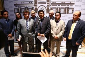 La bancada oficialista Peruanos por el Kambio (PPK) anunció hoy la renuncia de su congresista Alberto Oliva a la Comisión de Ética. Foto: ANDINA/ Congreso