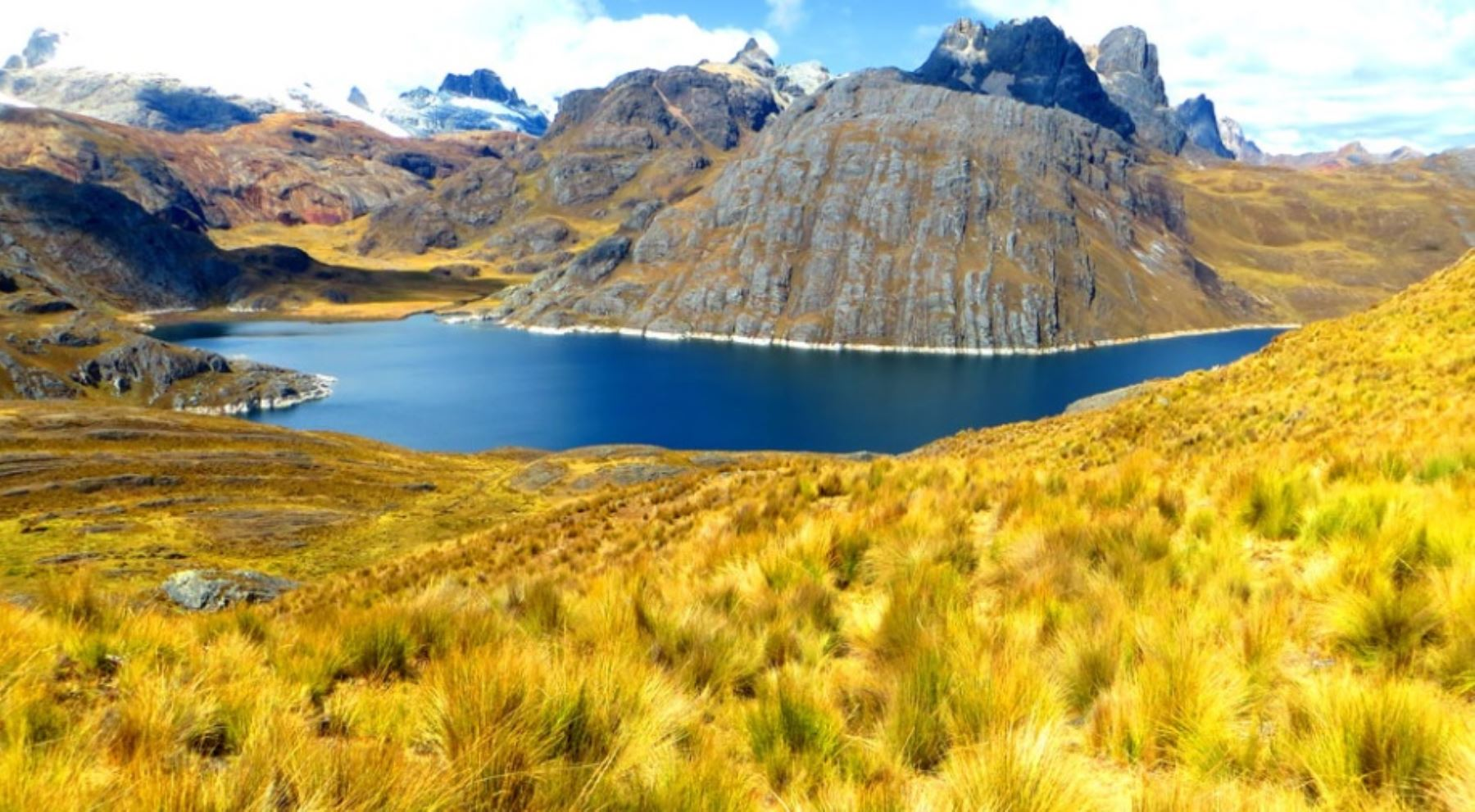 Laguna de Viconga, en la provincia limeña de Cajatambo.