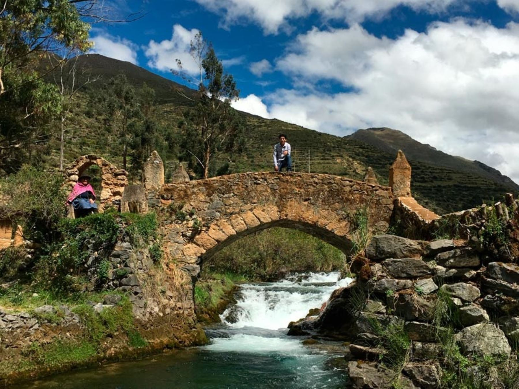 Puente Centenario de Vilca, en la provincia limeña de Yauyos.