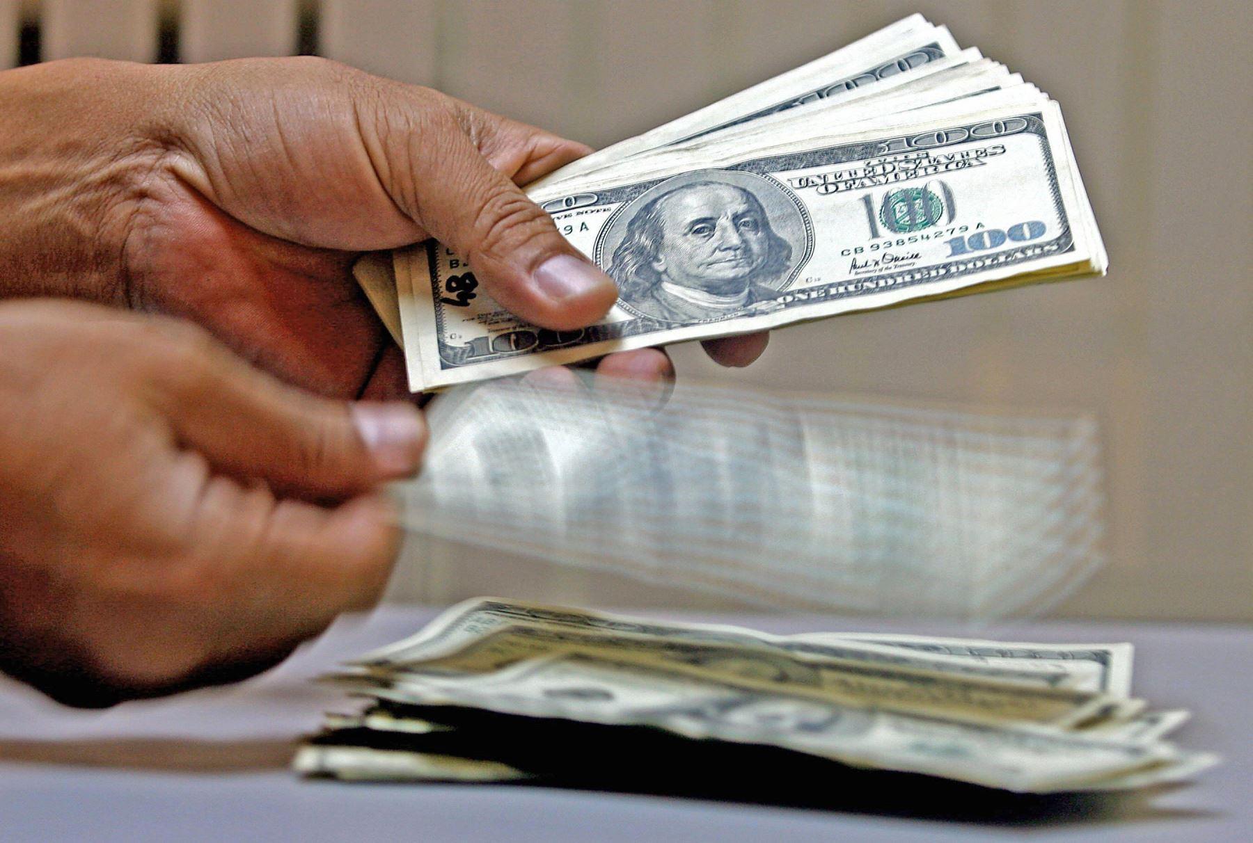 Cotización del dólar al alza esta mañana. ANDINA/Difusión