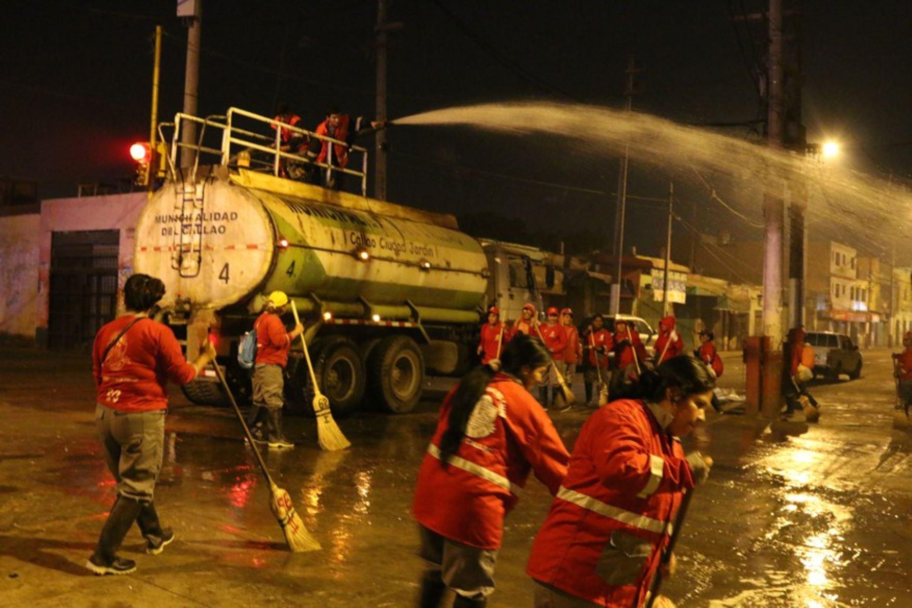 Jornada de limpieza de Calles en el Callao.