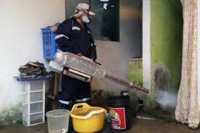 El Ministerio de Salud (Minsa) declaró la emergencia sanitaria por 90 días en la región Piura y asignó hasta 8 millones 200,355 soles para fortalecer las acciones de erradicación del zancudo Aedes aegypti y prevenir el brote epidémico del dengue. ANDINA/Difusión