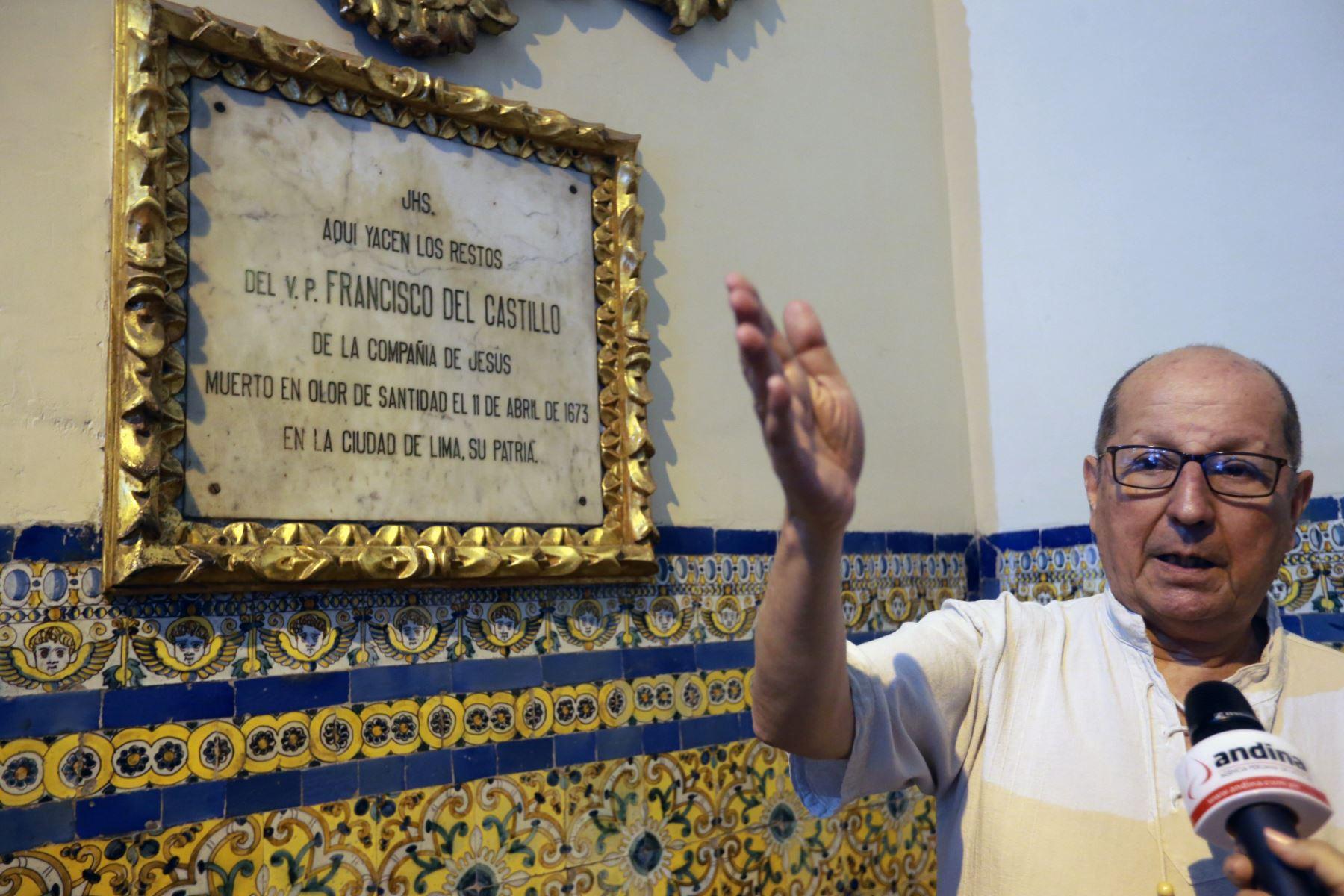 Tumba del sacerdote jesuita Francisco del Castillo, cuyo proceso de beatificación está en marcha. Foto: ANDINA/Norman Córdova