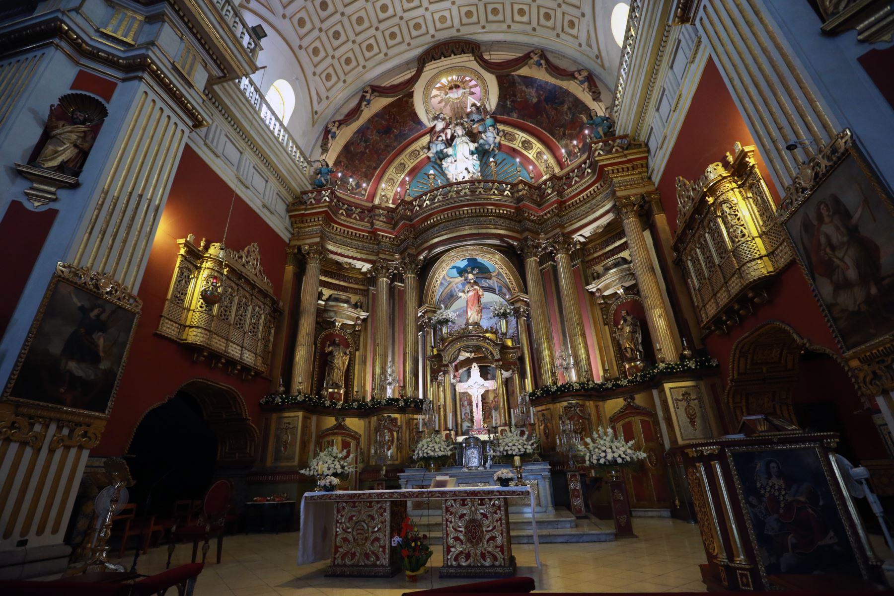 Iglesia San Pedro recibirá al Santo Padre. Foto. ANDINA/Norman Córdova